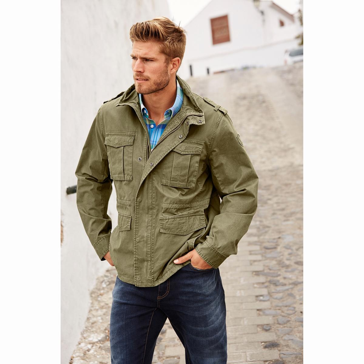 КурткаКуртка в стиле милитари JP1880. 100% хлопок. Подкладка: 100% хлопок.Прочный твил, прямой воротник, застежка на молнию, 2 нагрудных кармана, 2 кармана. Длинные карманы на кнопке, подкладка из хлопка с рисунком. Длина в зависимости от размера 72-81,5 см<br><br>Цвет: хаки<br>Размер: 7XL