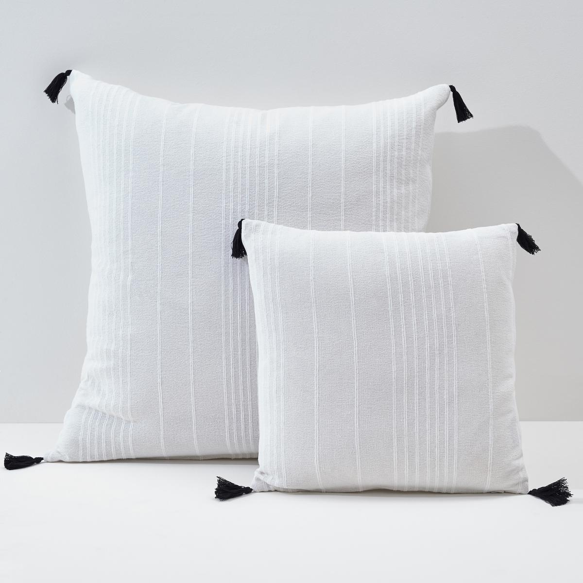 Чехол однотонный для подушки с помпонами, Riad