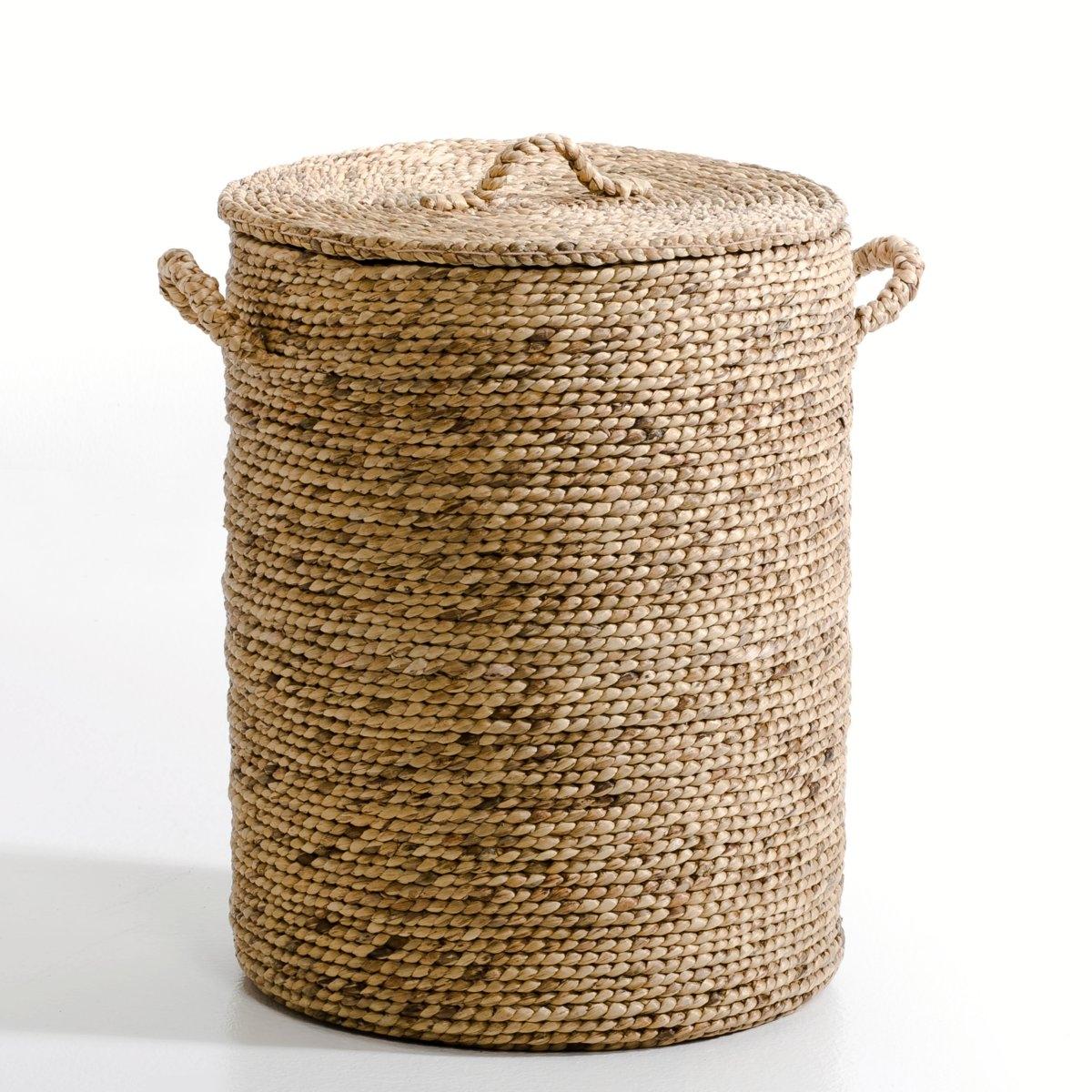 Корзина круглая из плетеных волокон эйхорнии. В60 см, LianeКорзина Liane. Практичная и красивая корзина с крышкой займет достойное место в гостиной, чтобы хранить журналы, в спальне, чтобы хранить белье или игрушки, или в ванной комнате.Характеристики: :- Из плетеных волокон эйхорнии- Ручная работа.Размеры  :- ?45 x В60 см<br><br>Цвет: серо-бежевый