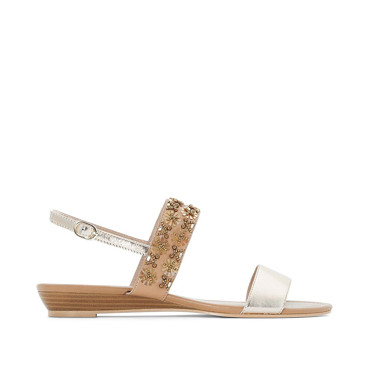 Sandalias de piel metalizadas con detalles de cuen