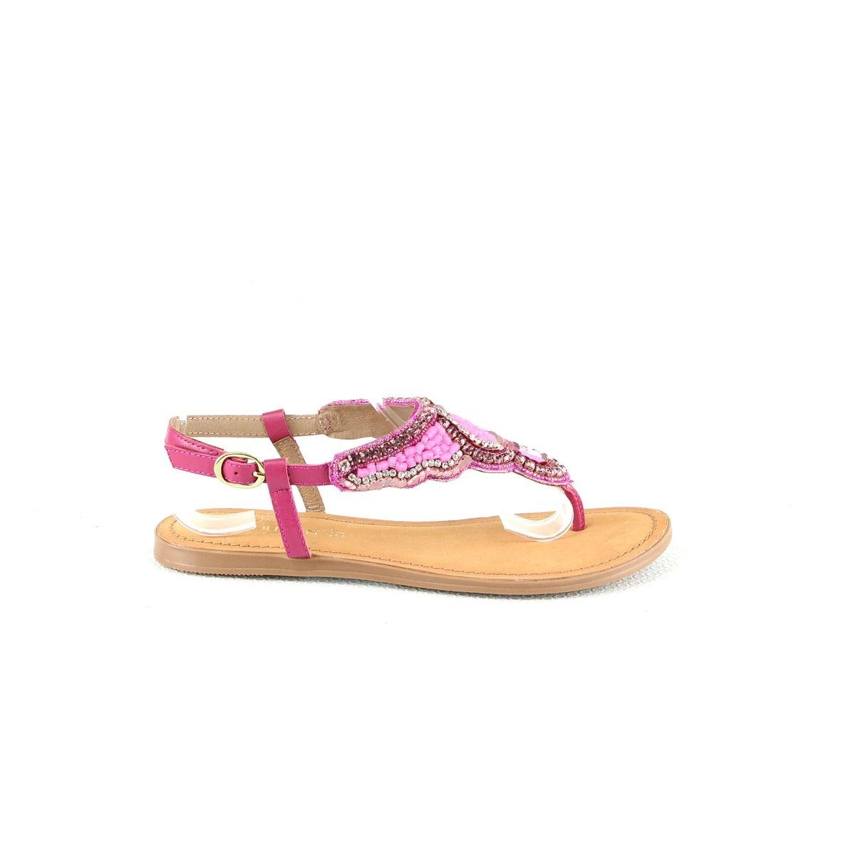 Sandales plates à entre-doigt