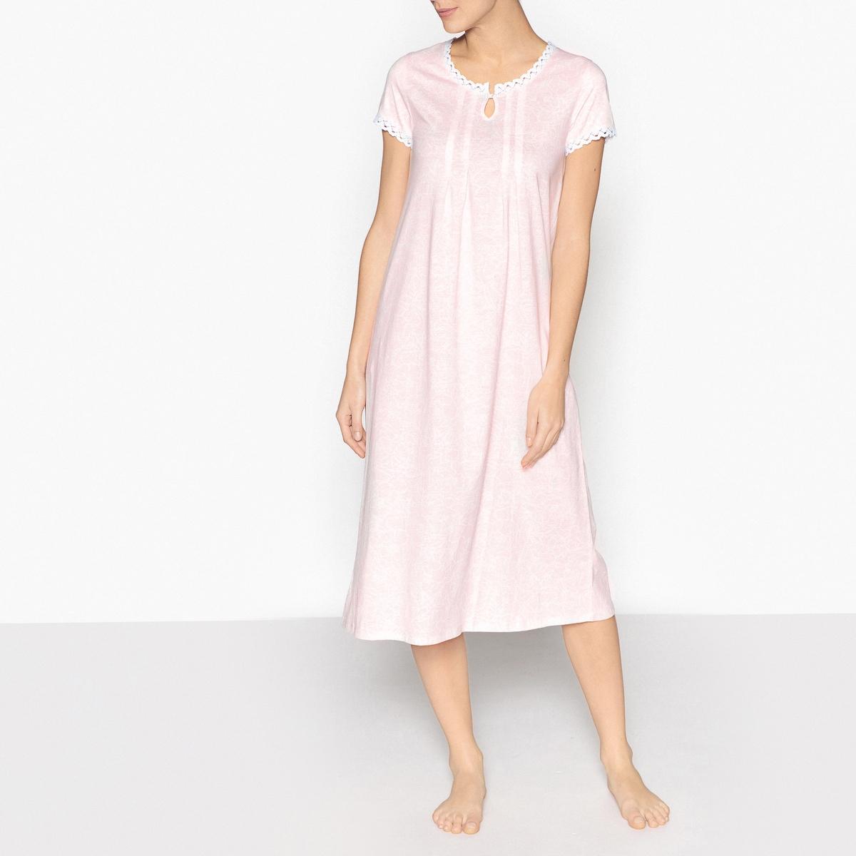 Сорочка ночная из кружева и чесаного хлопкаОписание:Ночная сорочка ANNE WEYBURN. Красивая длинная ночная сорочка, в которой вам будет очень комфортно вечерами . Отделка красивым кружевом выреза .Детали изделия•  Длинная ночная сорочка . •  Отделка кружевом круглого выреза . •  Короткие рукава. •  Длина : 120 см. •  Марка : ANNE WEYBURN..Состав и уход •  Материал : 100% хлопок. •  Машинная стирка при 40°C в деликатном режиме. •  Стирать с вещами схожих цветов. •  Стирать и гладить с изнаночной стороны. •  Гладить при низкой температуре.<br><br>Цвет: набивной рисунок<br>Размер: 50/52 (FR) - 56/58 (RUS).46/48 (FR) - 52/54 (RUS).42/44 (FR) - 48/50 (RUS)