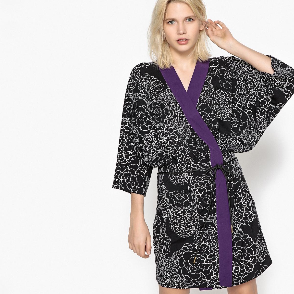 Sukienka kopertowa, rękawy typu kimono, nadrukowany detal