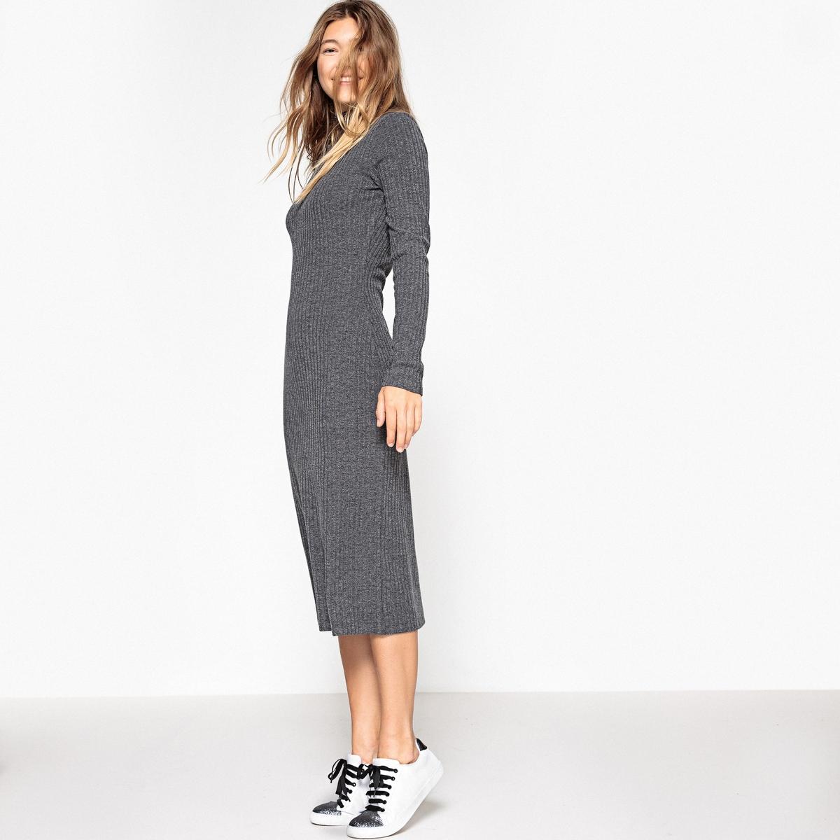 Платье трикотажное в рубчик, приталенный крой