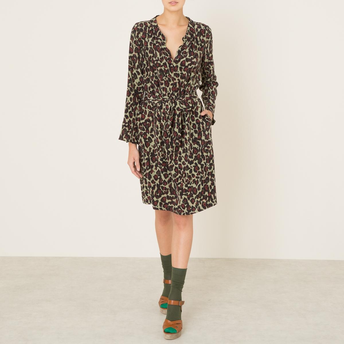 Платье BENJAMINСостав и описаниеМатериал : 100% шелк Длина : 97 см. (для размера S)Марка : TOUPY<br><br>Цвет: хаки