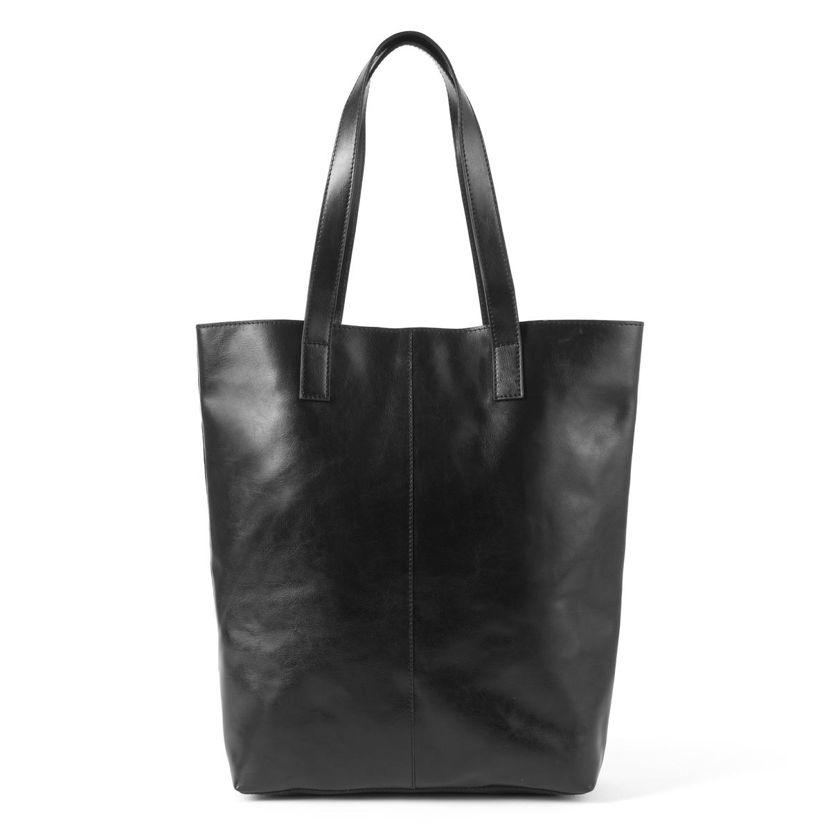 Сумка кожанаяОписание:Очень практичная сумка, 100% кожи, 100% стиля: подходит для прогулок по городу или непродолжительных поездок! Состав и описание : Материал : верх 100% яловичная кожа             текстильная подкладкаРазмеры : 30 X 10 X 38 смЗастежка :  кнопка на магнитеВнутренние карманы : 1 карман на молнии, 2 кармана для мобильных<br><br>Цвет: черный<br>Размер: единый размер