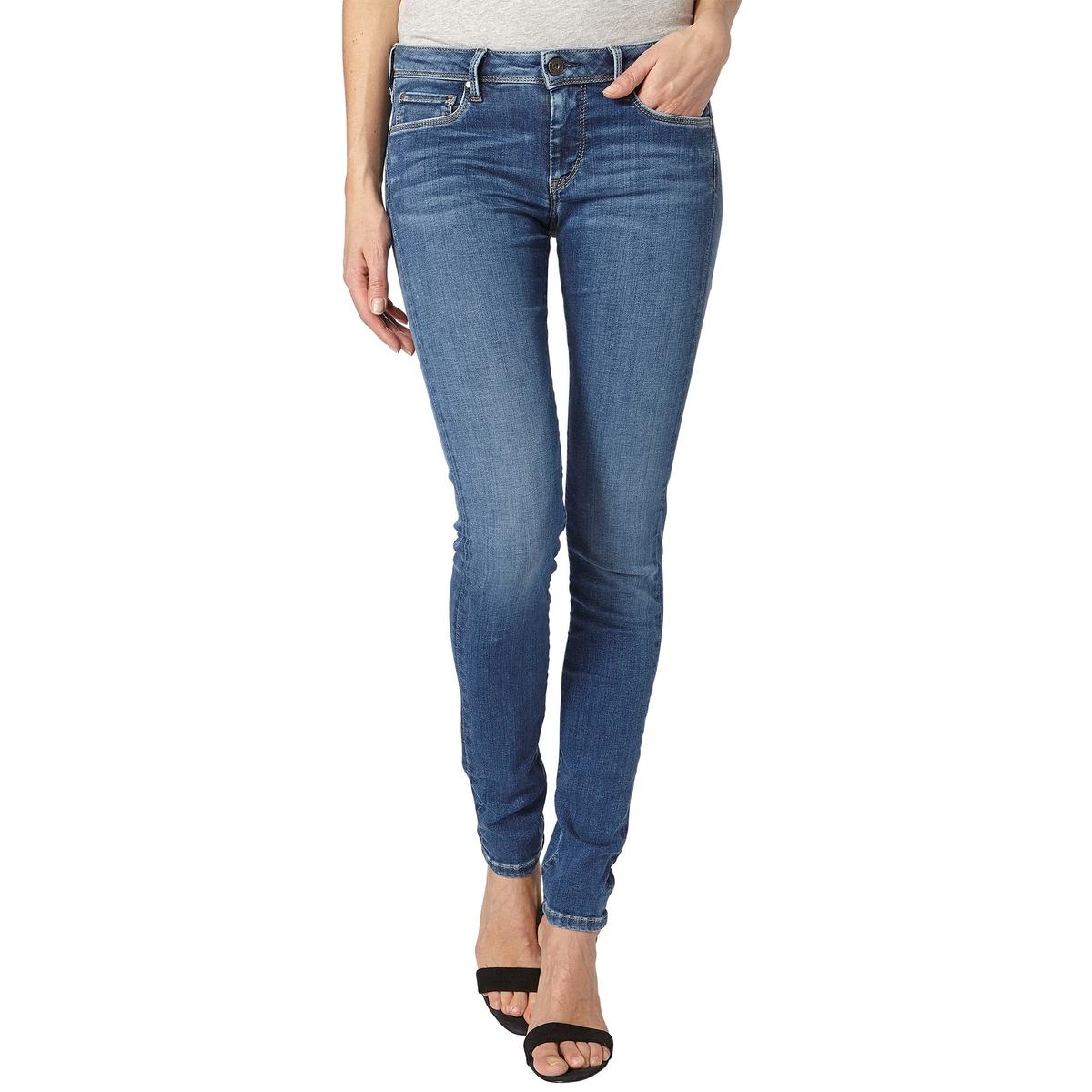 Джинсы скинни LOLAМатериал : 91% хлопка, 5% эластомультиэстера, 4% эластана       Высота пояса : стандартная      Покрой джинсов : скинни      Длина джинсов : длина 30<br><br>Цвет: синий потертый<br>Размер: 28 длина 30.25 длина 30