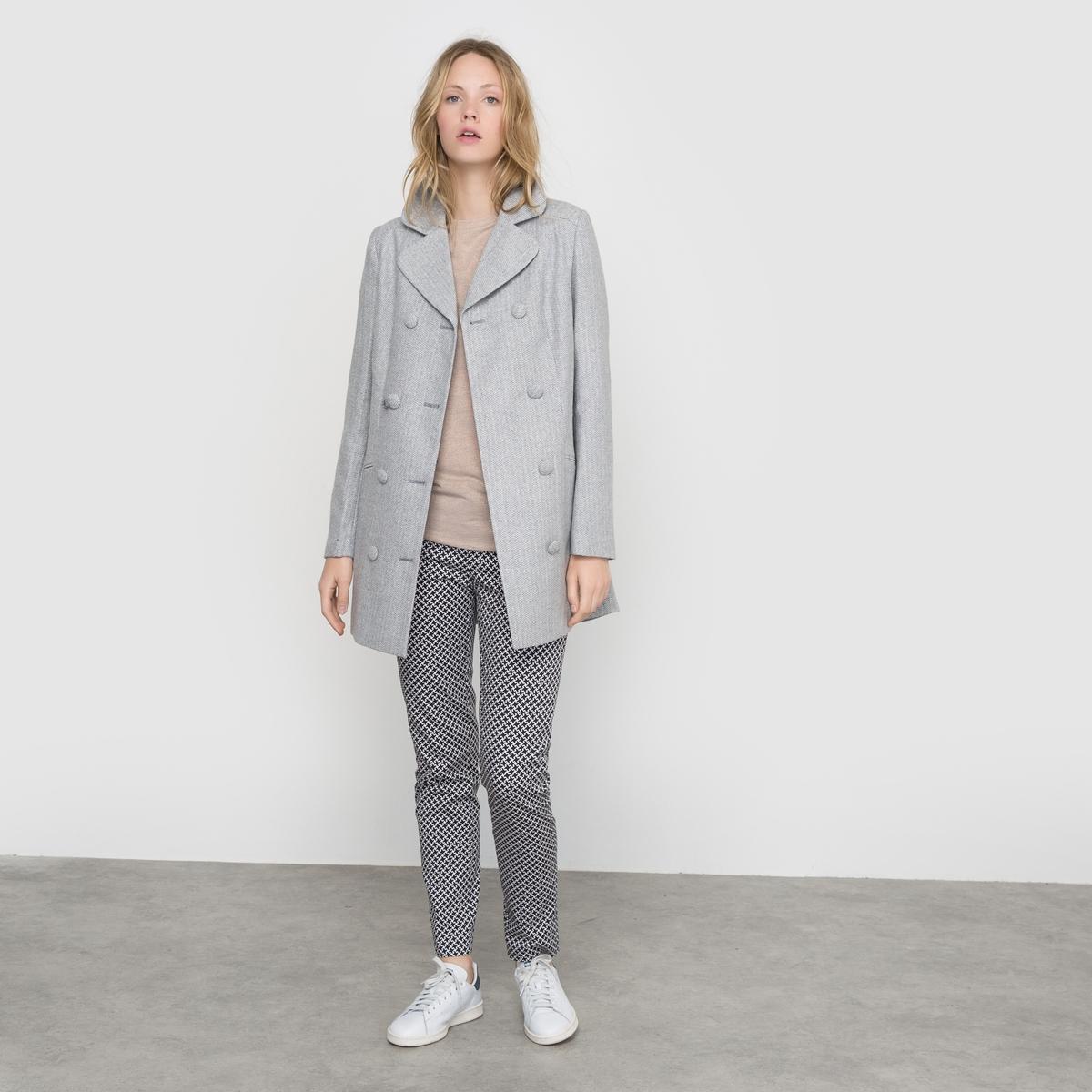 Пальто с металлизированными волокнами и бантом сзади