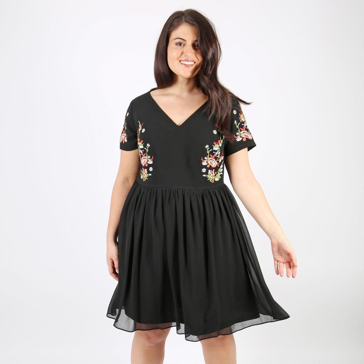 Платье расклешенное средней длины с короткими рукавами платье расклешенное с короткими рукавами