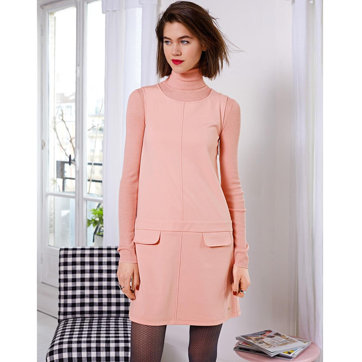 Фото Платье без рукавов из плотного трикотажа. Купить с доставкой