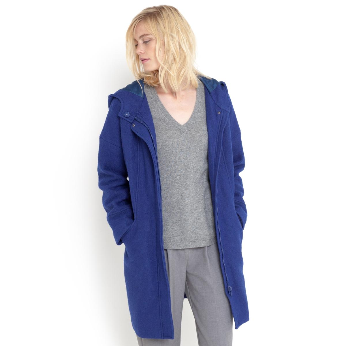 Пальто оверсайз  с капюшоном