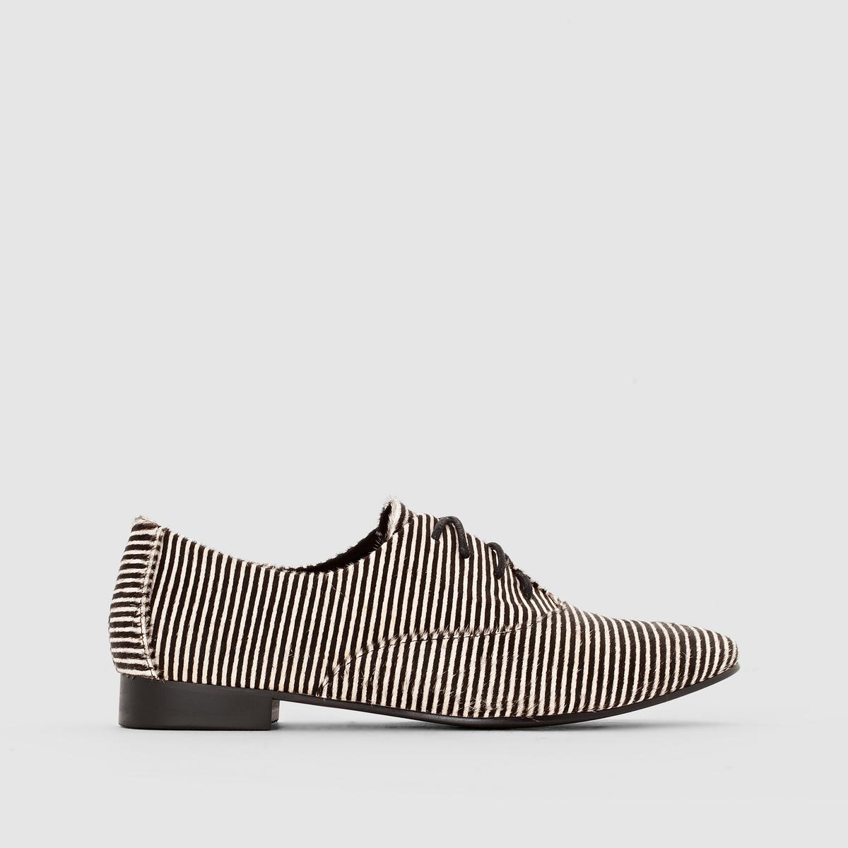 Ботинки-дерби с ворсом и узором в полоскуПреимущества : уникальный стиль и сверх-комфорт этих ботинок-дерби не перестают удивлять нас в этом сезоне.<br><br>Цвет: в полоску белый/черный<br>Размер: 37.38.42