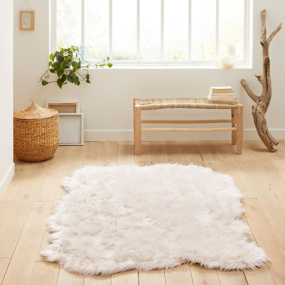 Ковер La Redoute С эффектом овечьей кожи Livio x см 135 x 190 см белый