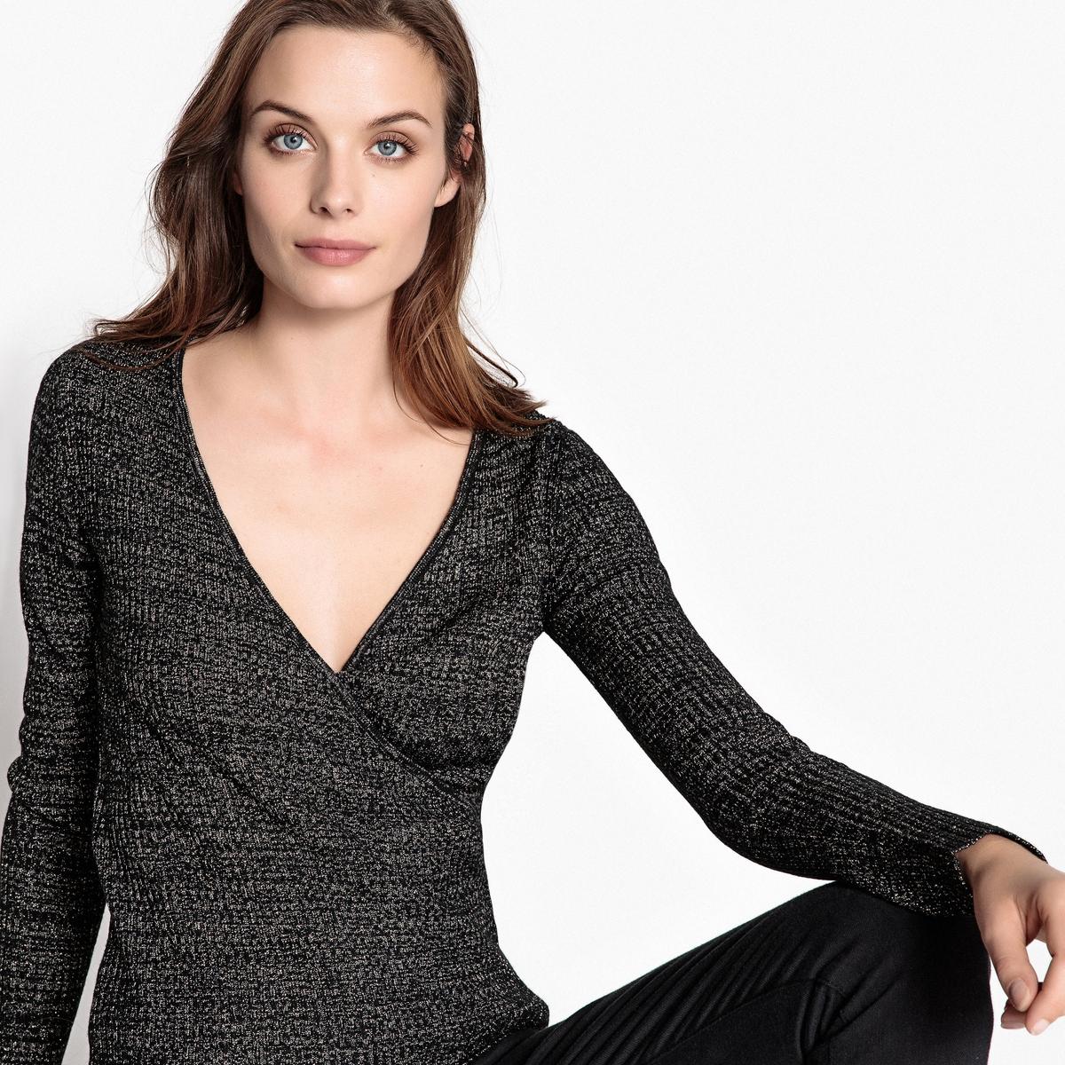 Пуловер в стиле каш-кёр из блестящего трикотажа