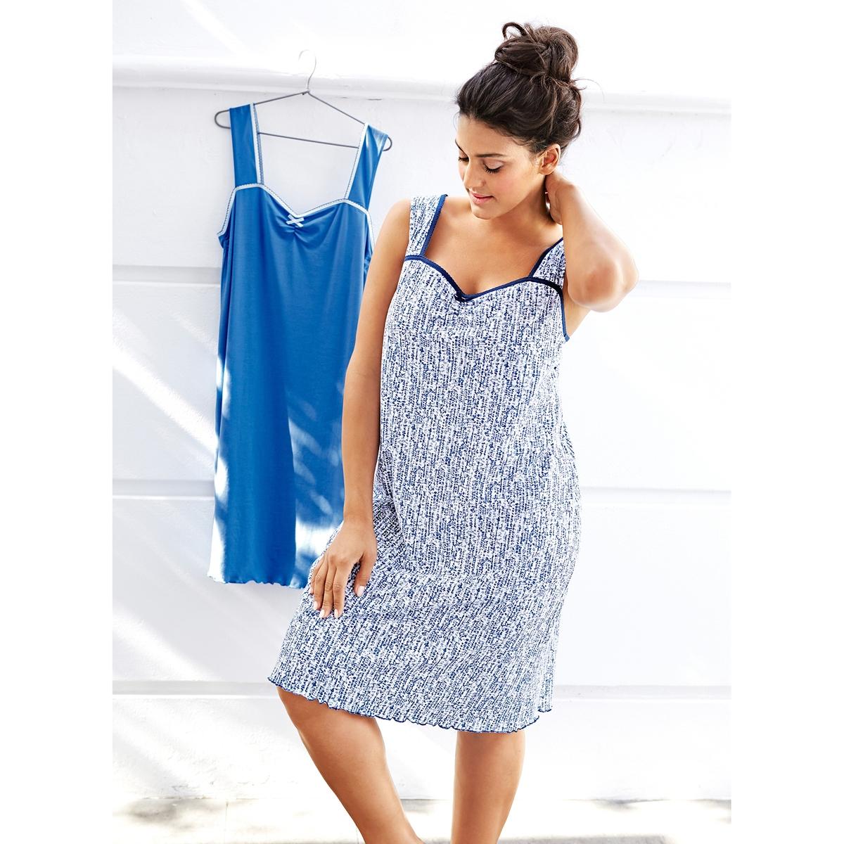Ночные сорочкиКомплект из 2 ночных сорочек ULLA POPKEN: 1 однотонная ночная сорочка, 1 ночная сорочка с рисунком. Модели с бретелями, отделка краев выреза кружевом, волнистый низ. 100% хлопок<br><br>Цвет: разноцветный