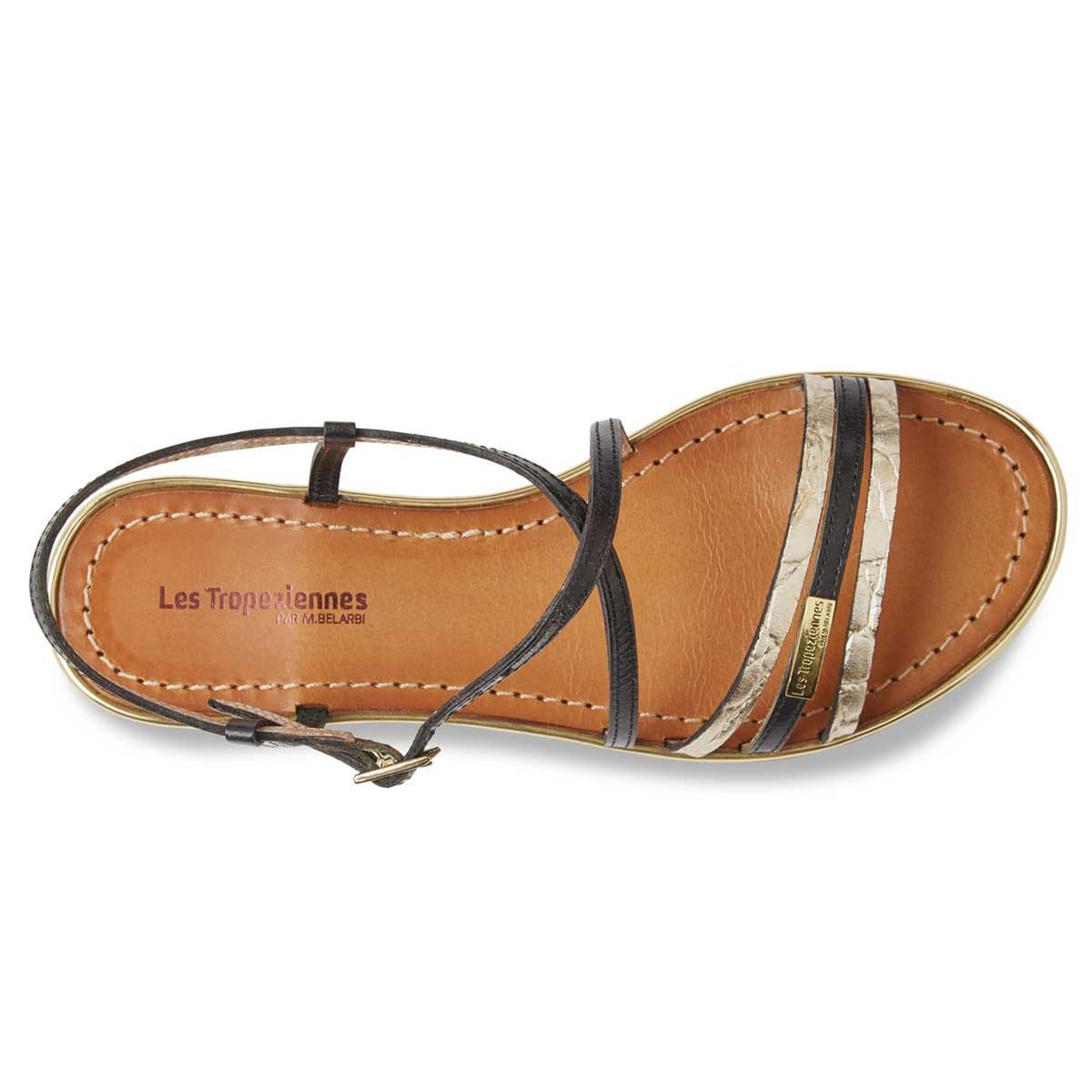 Сандалии Balise, из кожи, плоскиеИх тонкие кожаные ремешки и золотистый цвет украсят ваши ножки этим летом в изысканном стиле !<br><br>Цвет: черный<br>Размер: 36.38