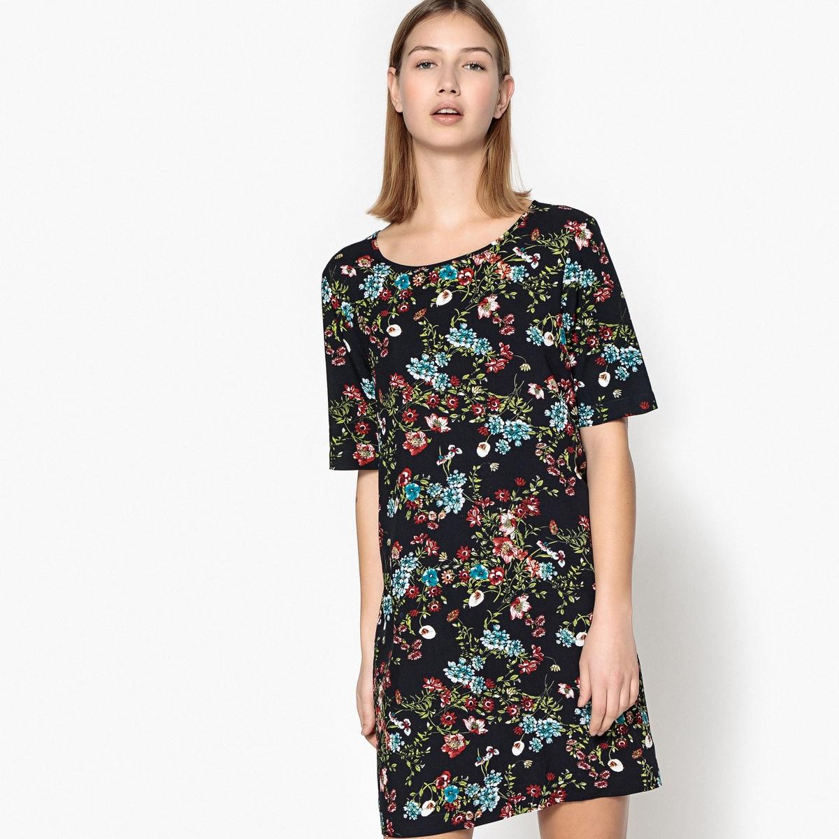 Платье прямое средней длины с цветочным рисунком