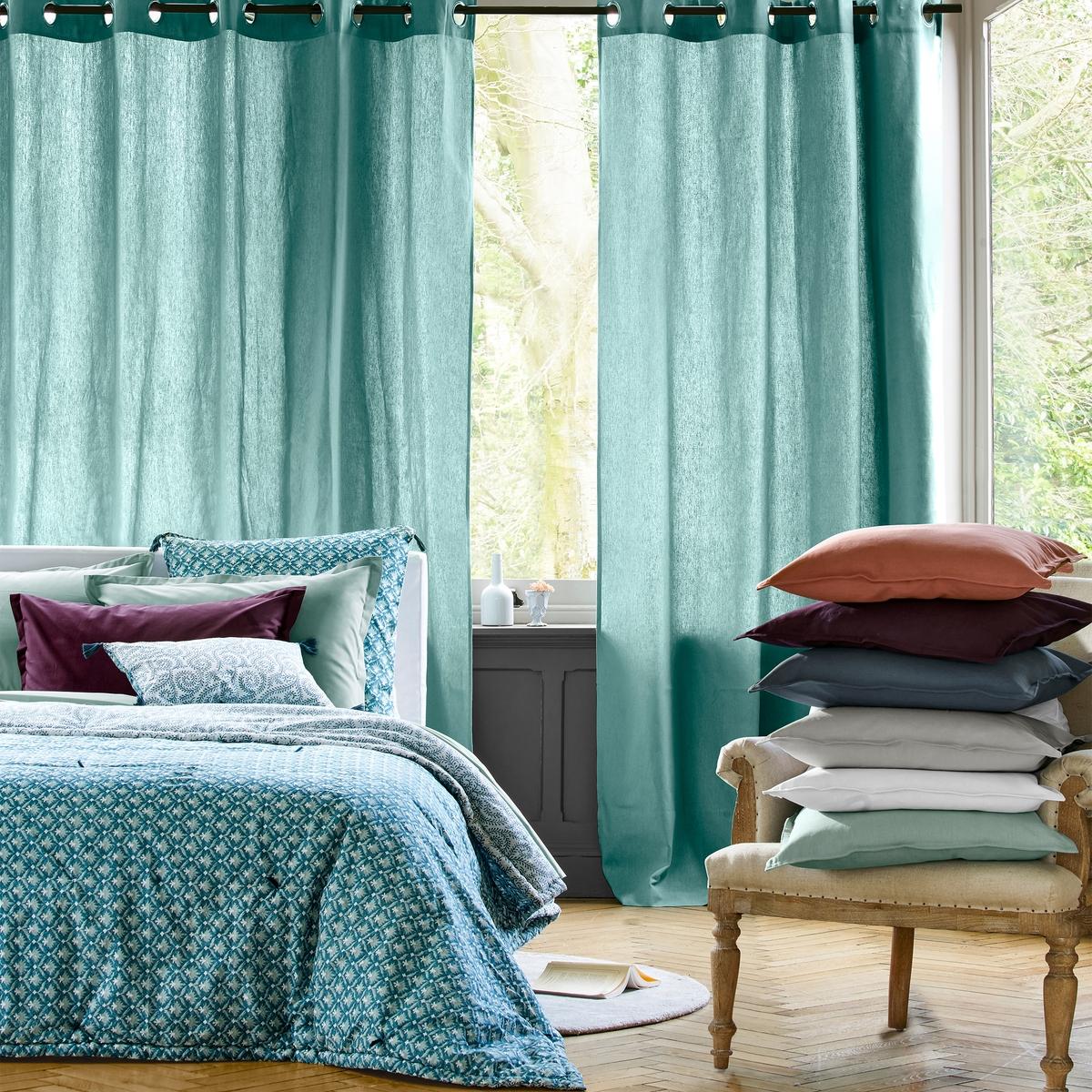 Чехол для подушки или наволочка ODISHAЧехол для подушки или наволочка Odisha : нежный и романтичный рисунок в красивых синих тонах.Описание чехла для подушки Odisha:Разный рисунок с двух сторон.Отделка кисточкой.Характеристики чехла для подушки OdishaВерх из хлопковой вуали.Стирка при 40°.Всю коллекцию Odisha Вы найдете на laredoute.ru<br><br>Цвет: сине-зеленый/бледно-зеленый<br>Размер: 65 x 65  см