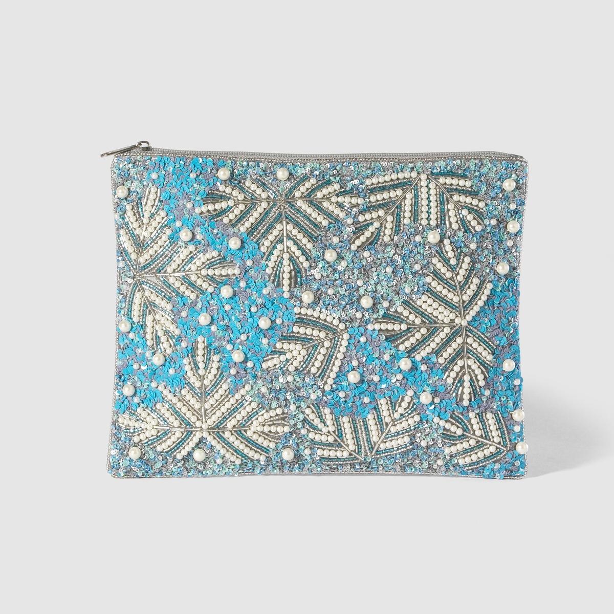 Клатч с вышивкойКлатч, расшитый блестками и бисером . Однотонный сатин сзади . Клатч - ключевой аксессуар в этом сезоне ! Марка :           Mademoiselle R.Размеры :      24 x 19 см Верх :         100% полиэстерПодкладка :          текстильЗастежка :        на молнию Карманы :               1 внутренний карман<br><br>Цвет: синий