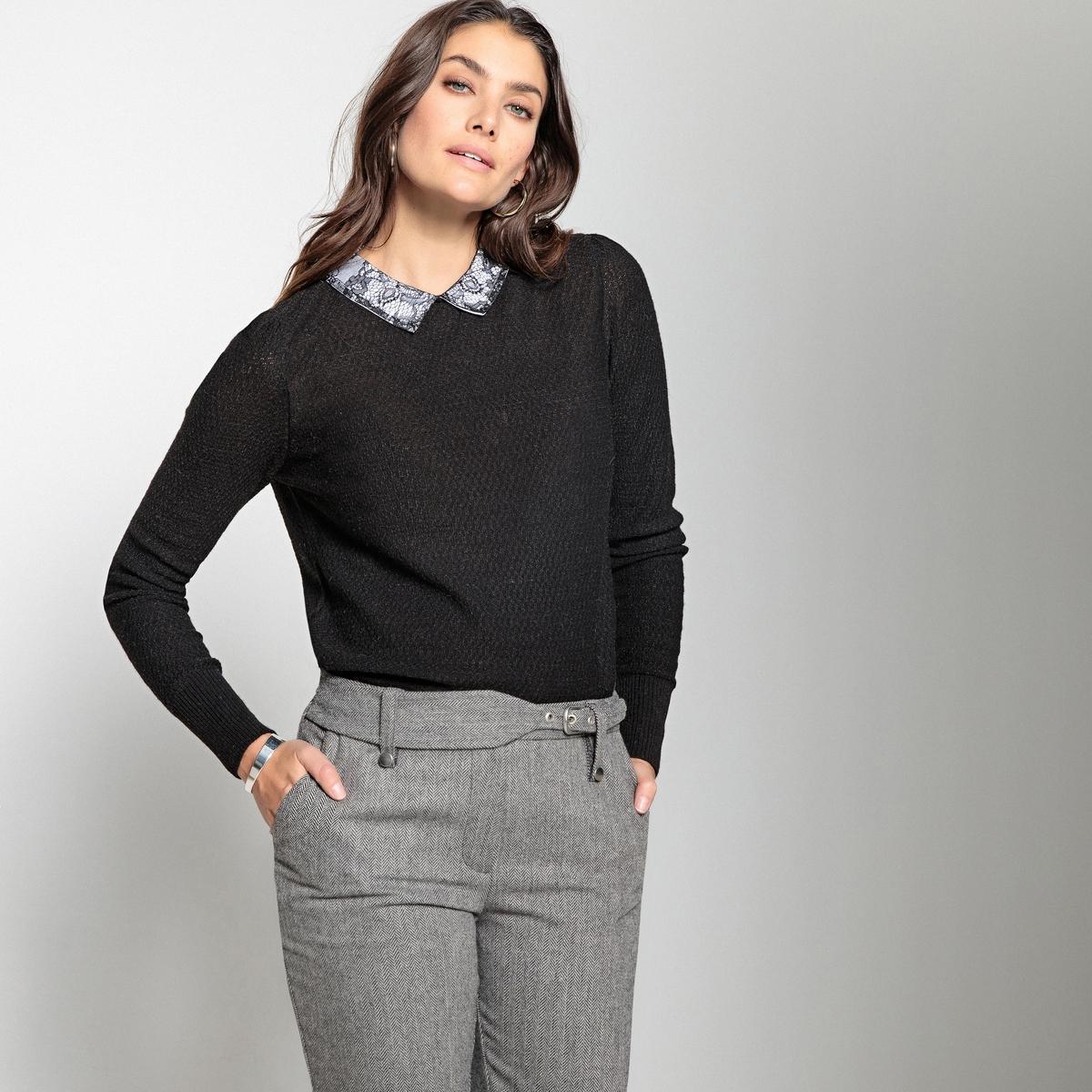 Пуловер из тонкого трикотажа с закругленным отложным воротником из кружева