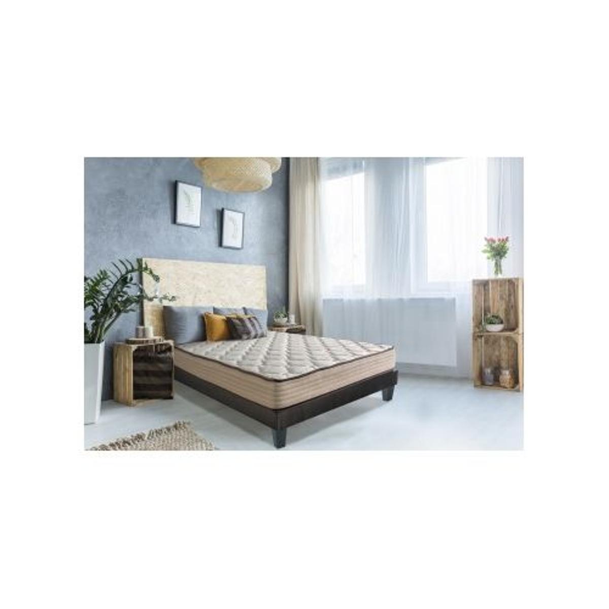 Matelas Standard et Confortable