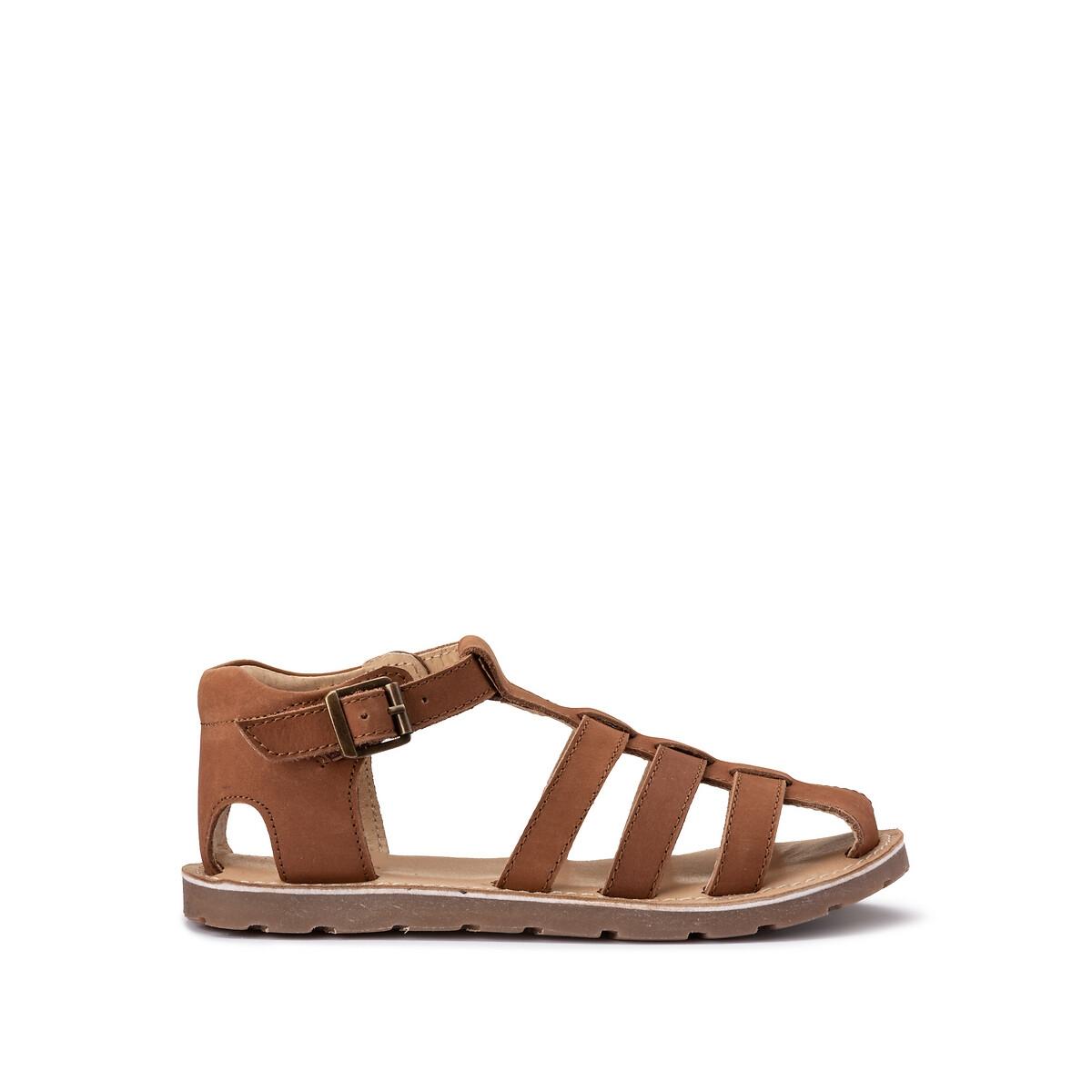 Sandálias em pele, do 26 ao 38