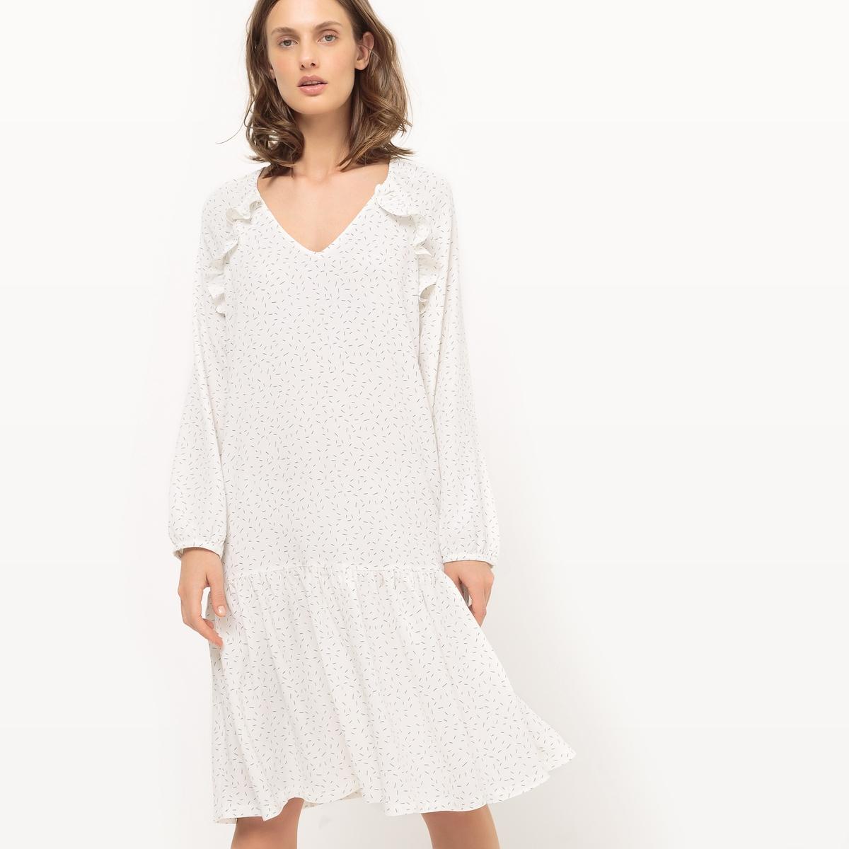Платье с рисунком длиной до колен