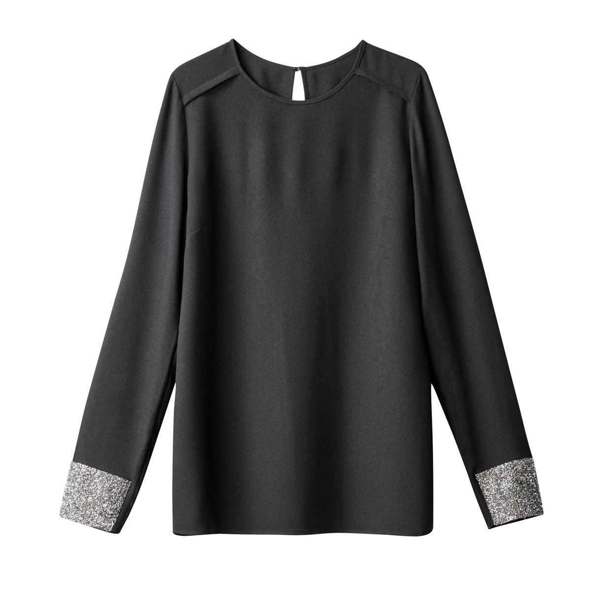 Блузка с длинными рукавами и блестками на манжетах