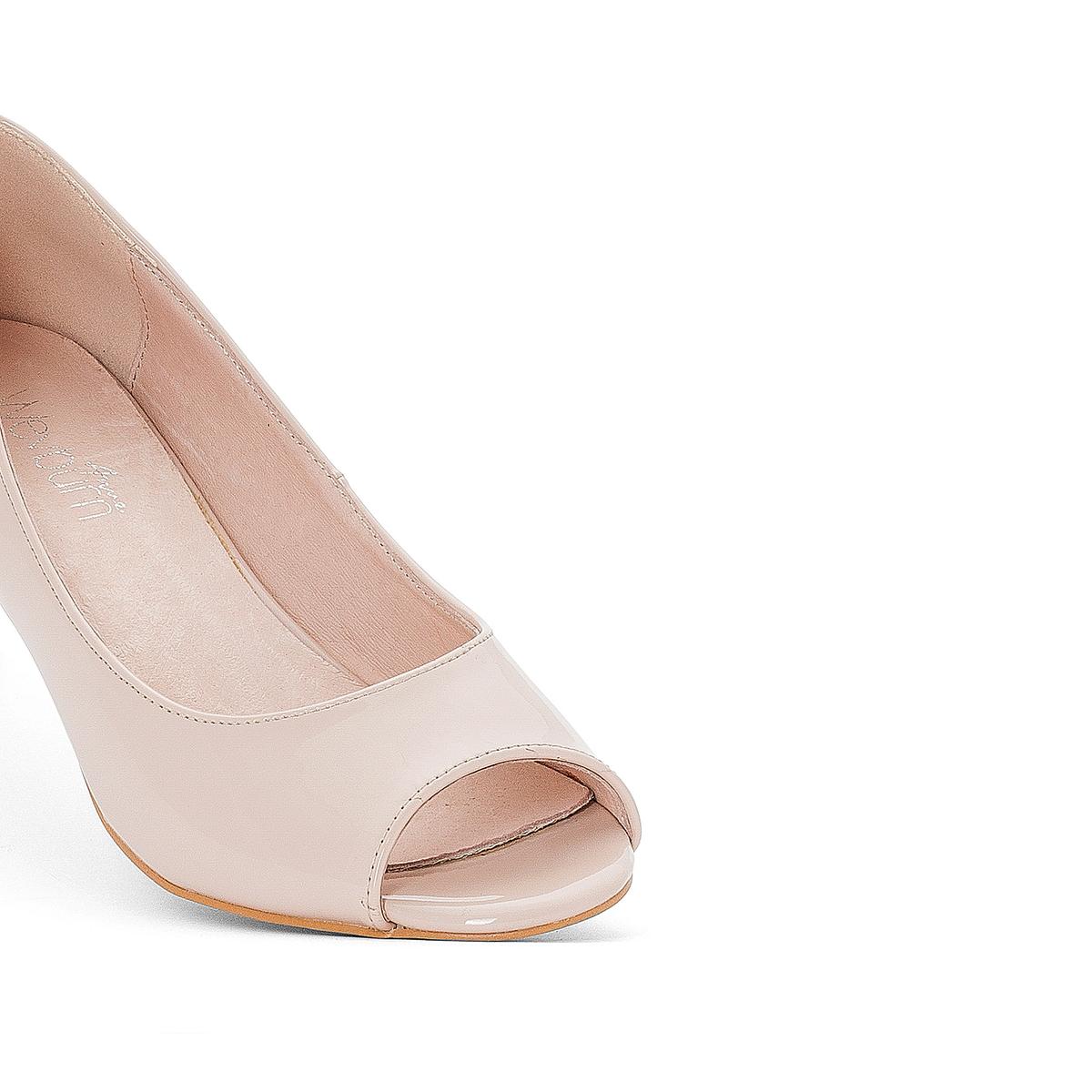 Туфли кожаныеДетали  •  Широкий каблук •  Застежка : без застежки •  Открытый мысокСостав и уход  •  Верх 100% кожа<br><br>Цвет: серый,телесный<br>Размер: 36.37.35.41