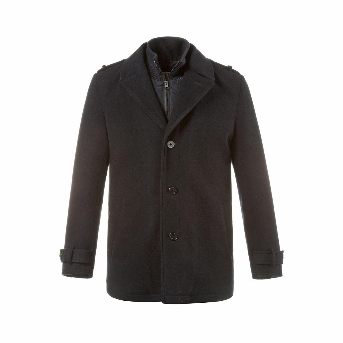 Пальто 50% шерстиПальто JP1880. 50% шерсти, 45% полиэстера, 5% кашемира. Подкладка: 100% полиэстер. Пальто из шерсти с использованием настоящего кашемира ! Покрой с отворотами, встроенный утеплитель на молнии . Вставка с прямым воротником, нашивки на рукавах и 2 кармана . Шлица сзади, стеганая подкладка и карманы . длина в зависимости от размера ок. 81 - 90 см .<br><br>Цвет: темно-синий<br>Размер: 7XL.6XL.3XL.XL