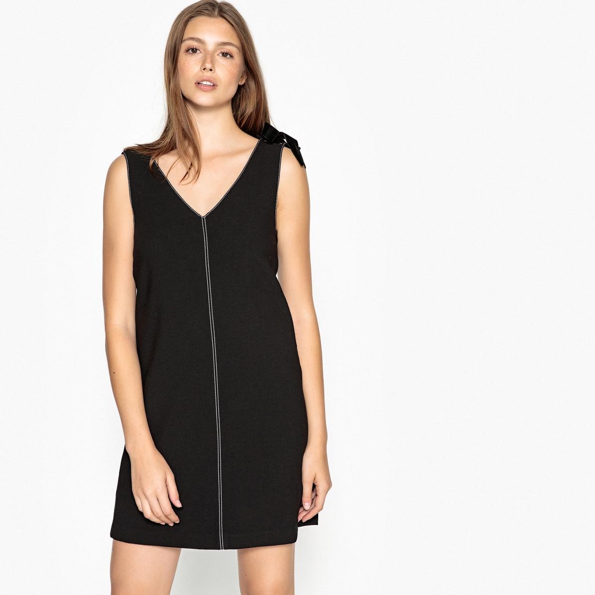 Платье прямое короткое без рукавов