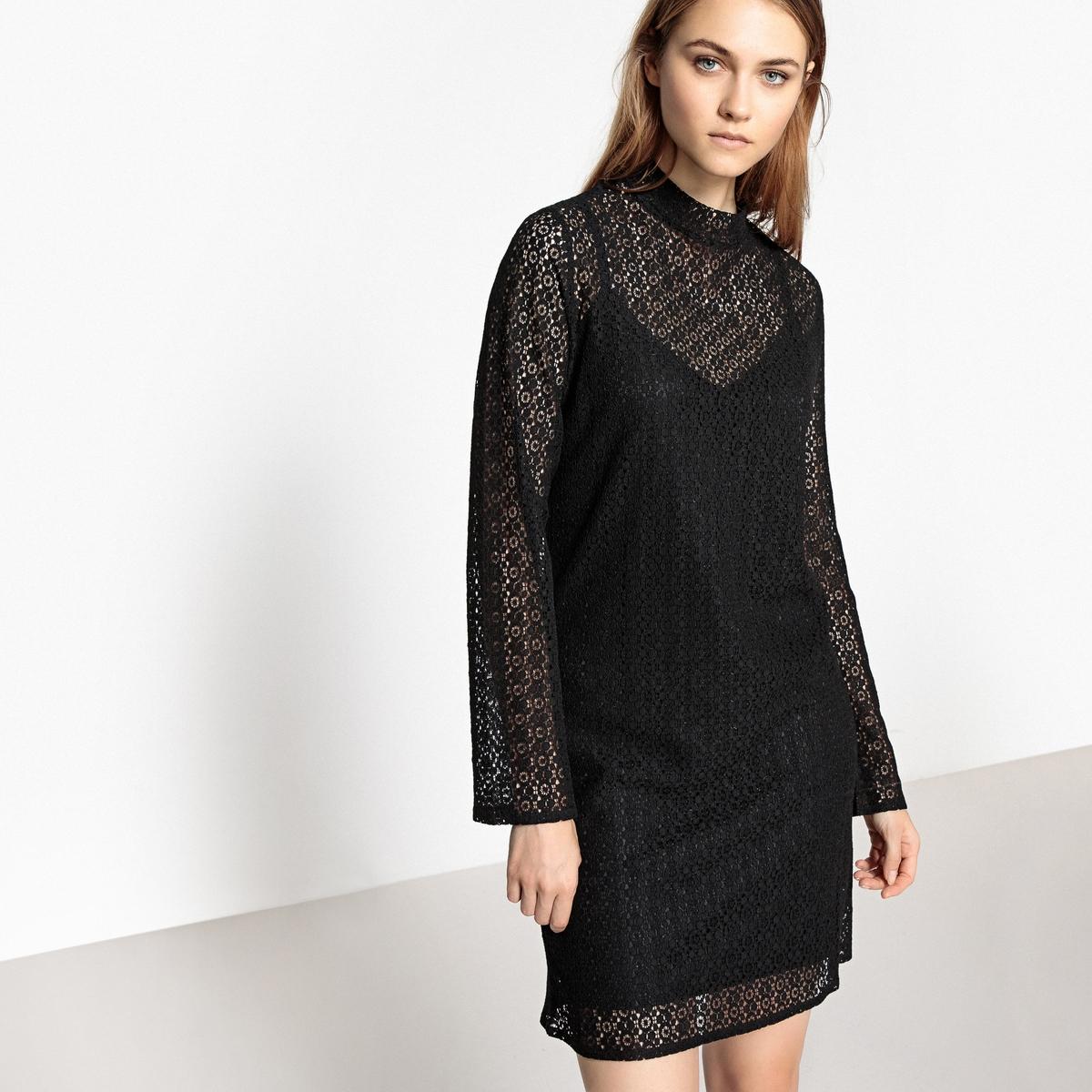 Платье кружевное прямого покроя