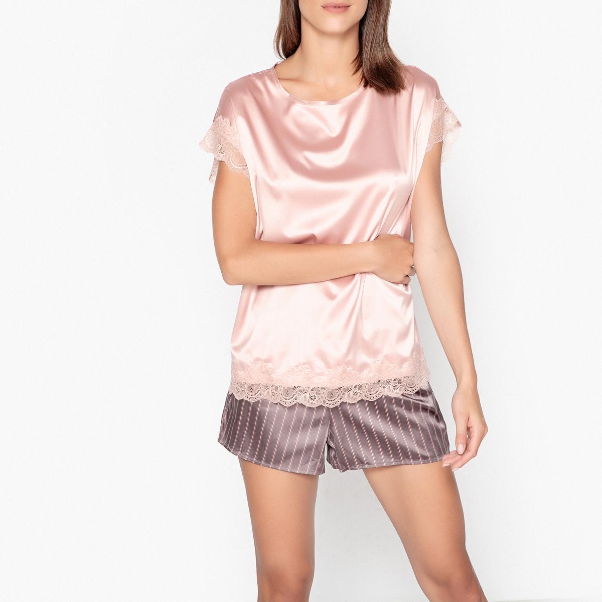 Pijama em cetim, detalhe em renda