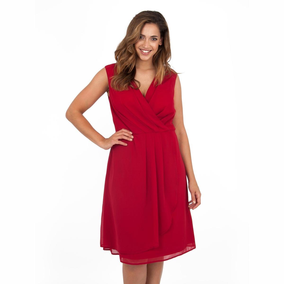 ПлатьеПлатье без рукавов - LOVEDROBE. С драпировкой спереди, верх с запахом .Скрытая застежка на молнию на спине. Длина ок.104 см. 100% полиэстер.<br><br>Цвет: бордовый<br>Размер: 58/60 (FR) - 64/66 (RUS)