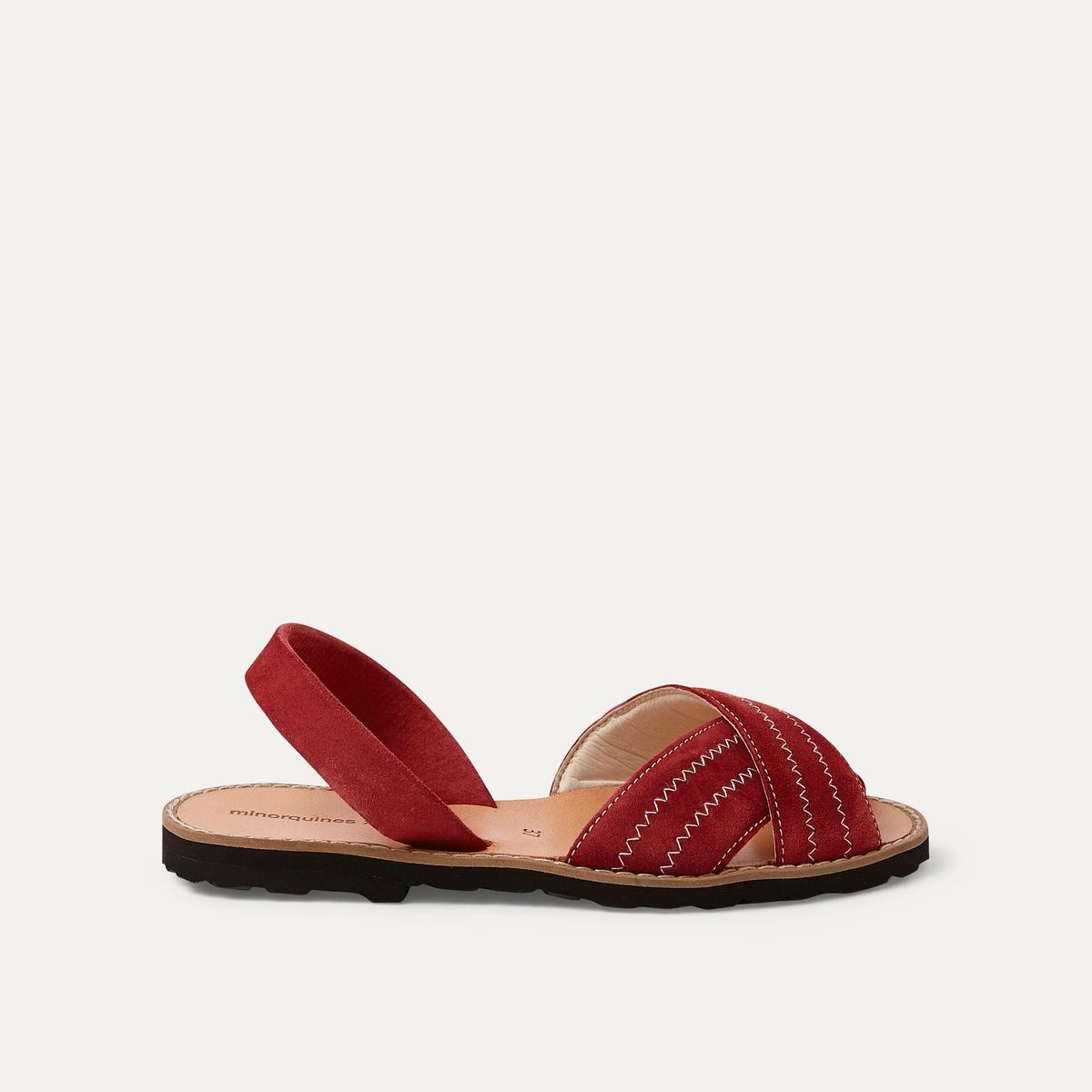 Босоножки кожаныеОписание:Детали  •  Плоский каблук •  Застежка : без застежки •  Открытый мысок •  Велюровая отделка, нубукСостав и уход  •  Верх 100% кожа •  Подошва 100% ЭВА<br><br>Цвет: бордовый,песочный<br>Размер: 38.41.40.39