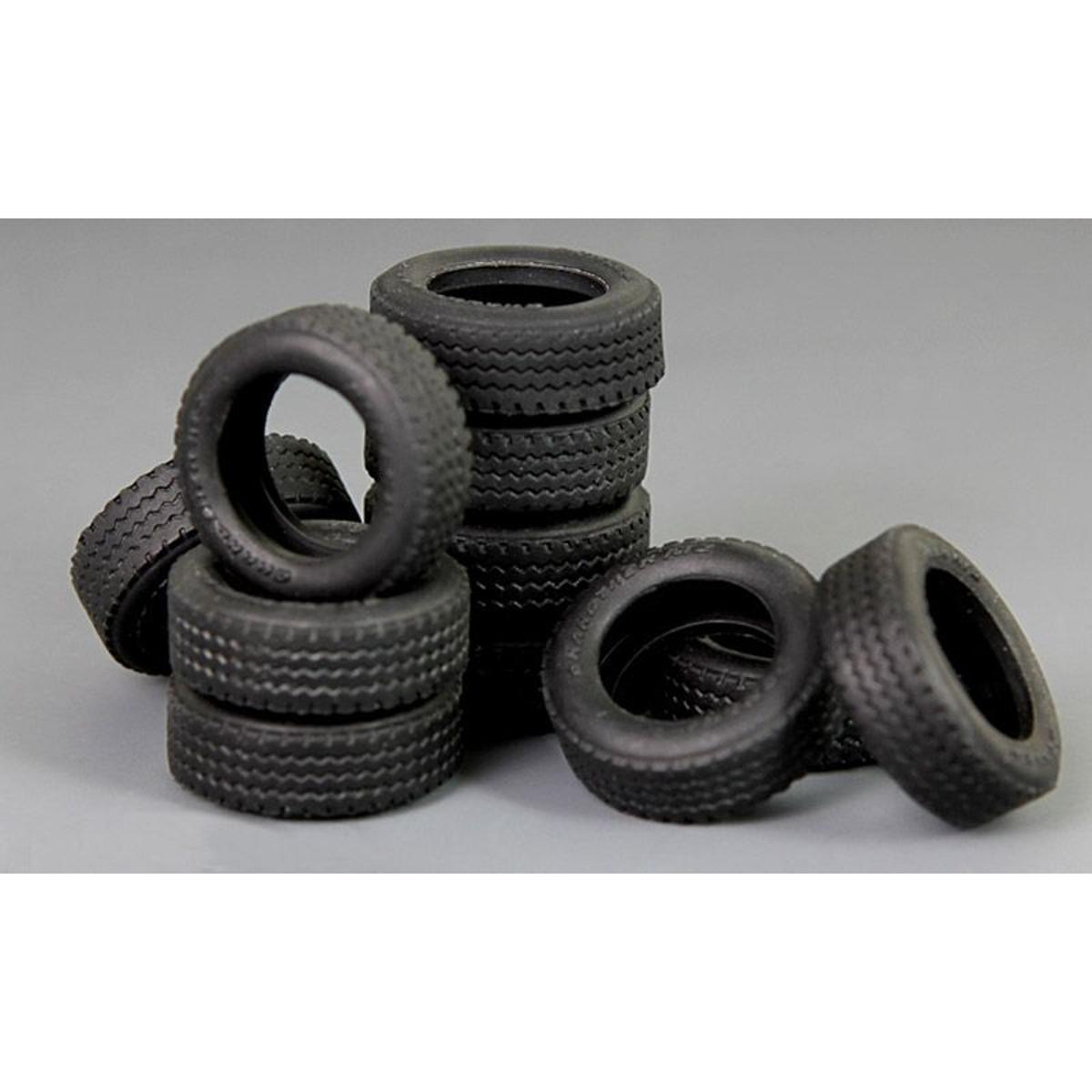 Accessoires pour maquettes 1/35 : 4 pneus