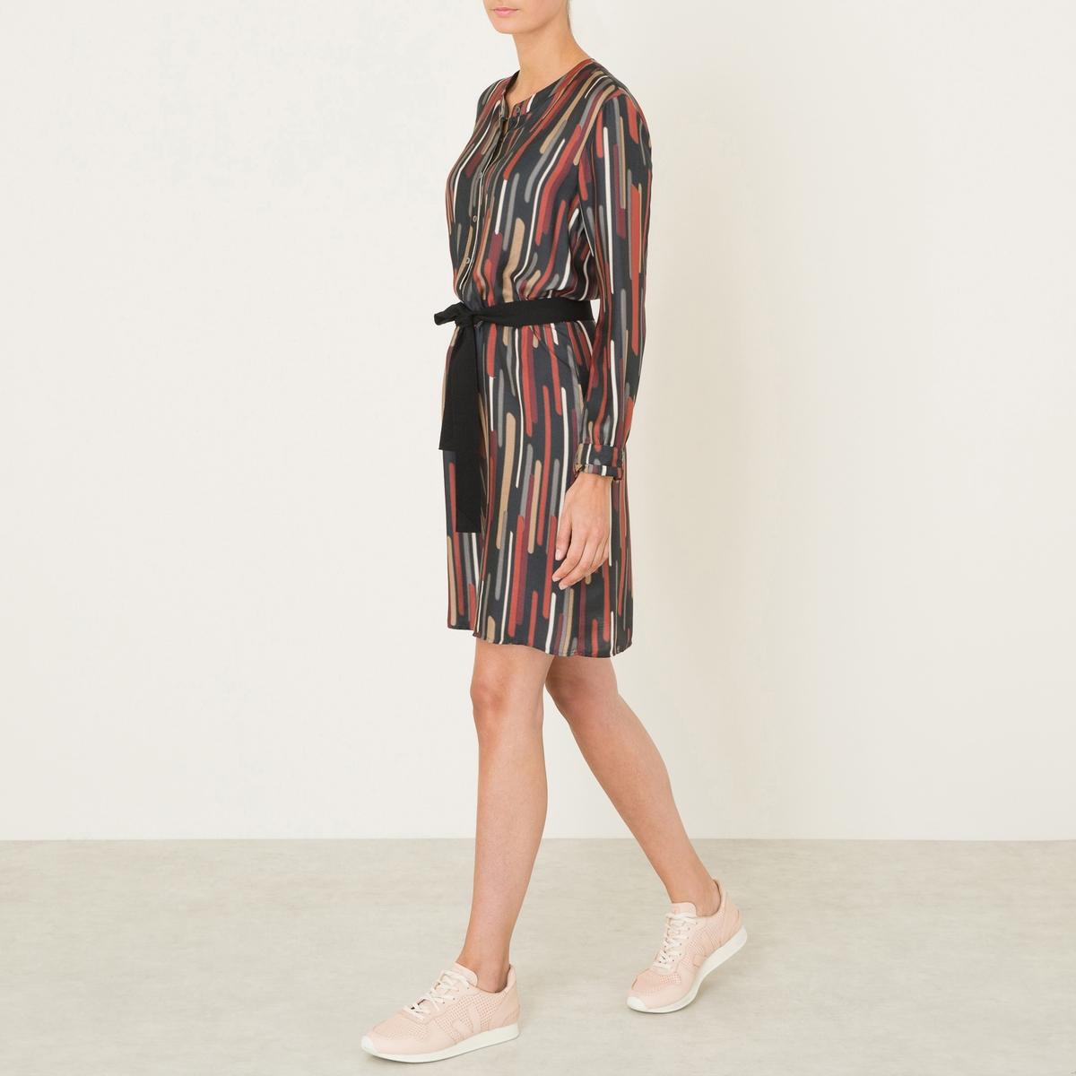 Платье MANITAСостав и описание :Материал : 65% вискозы, 35% шелкаДлина : 103 см. (для размера 36)Марка : DIEGA<br><br>Цвет: черный