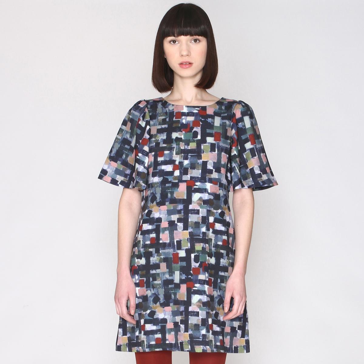 Платье прямое с рисунком, короткие рукаваэто красивое платье прямого покроя с рисунком в стиле мазков кистью !Состав и описаниеМатериал :  97% полиэстера, 3% эластана.Марка : PepalovesЗастежка : на молнию<br><br>Цвет: серый/ наб. рисунок<br>Размер: S