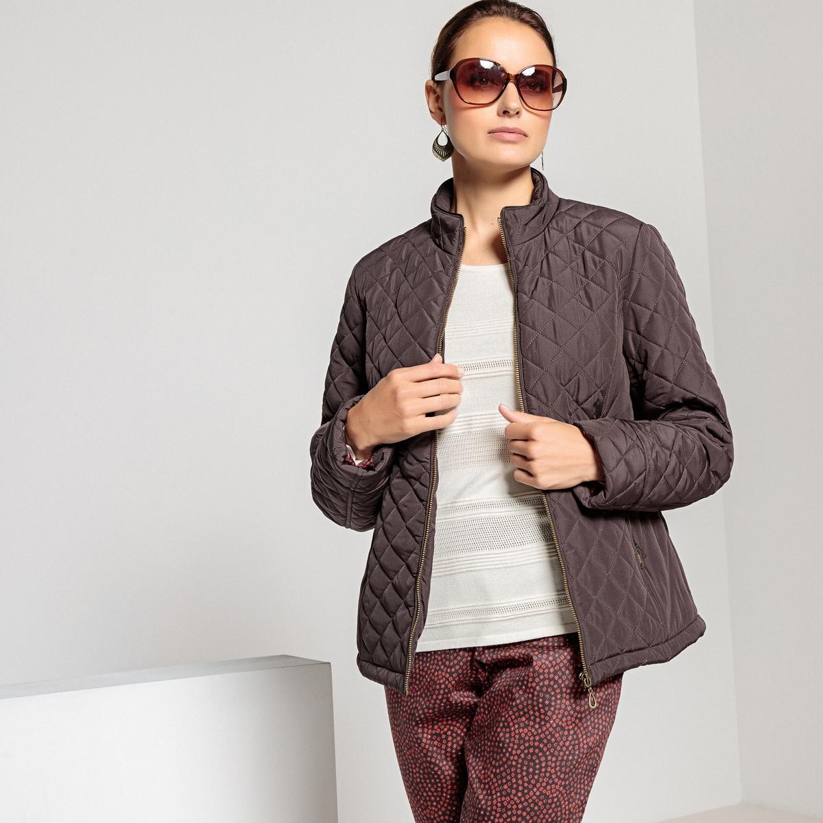 Куртка стеганая короткая, с застежкой на молнию