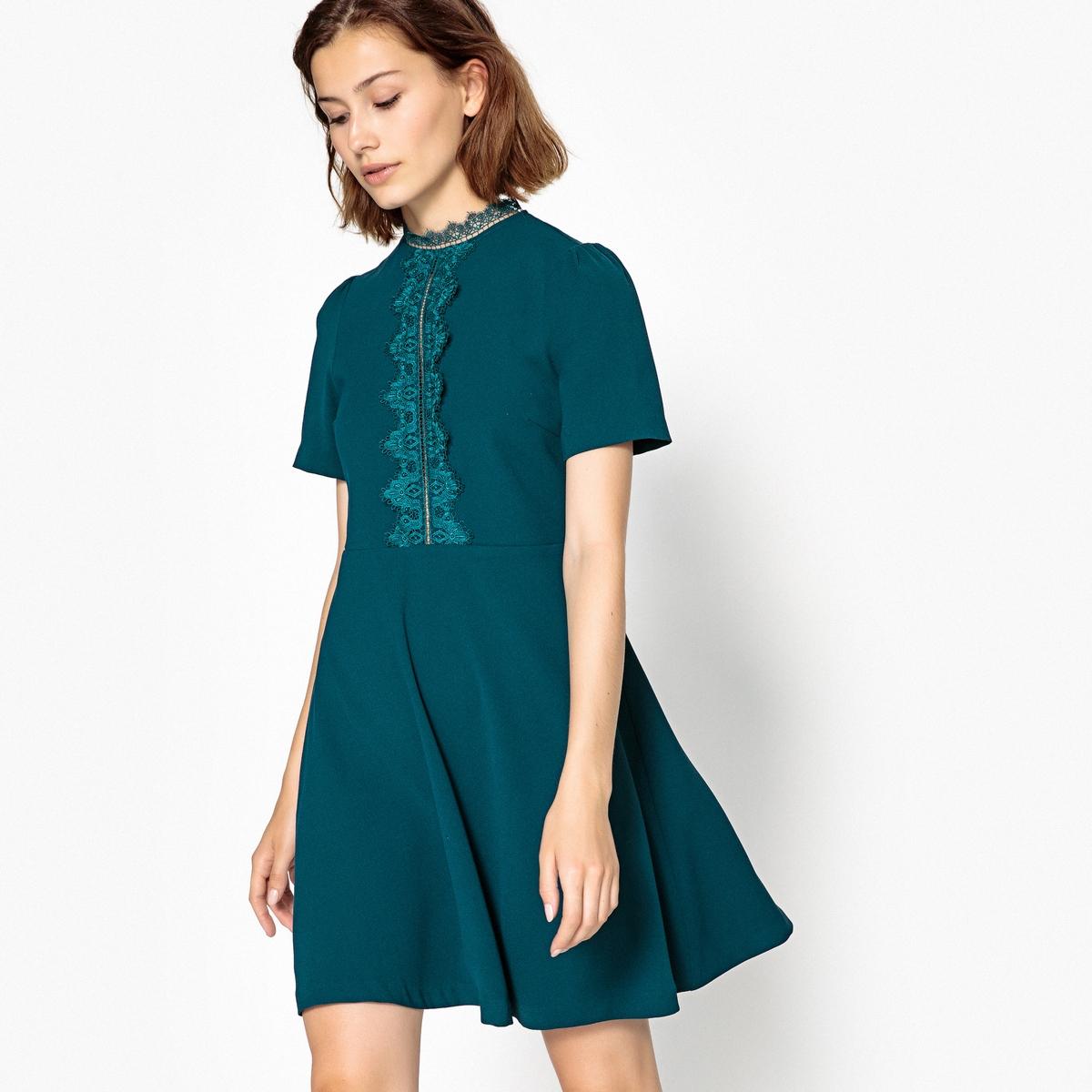 купить Платье расклешенное короткое, с короткими рукавами по цене 5699.4 рублей