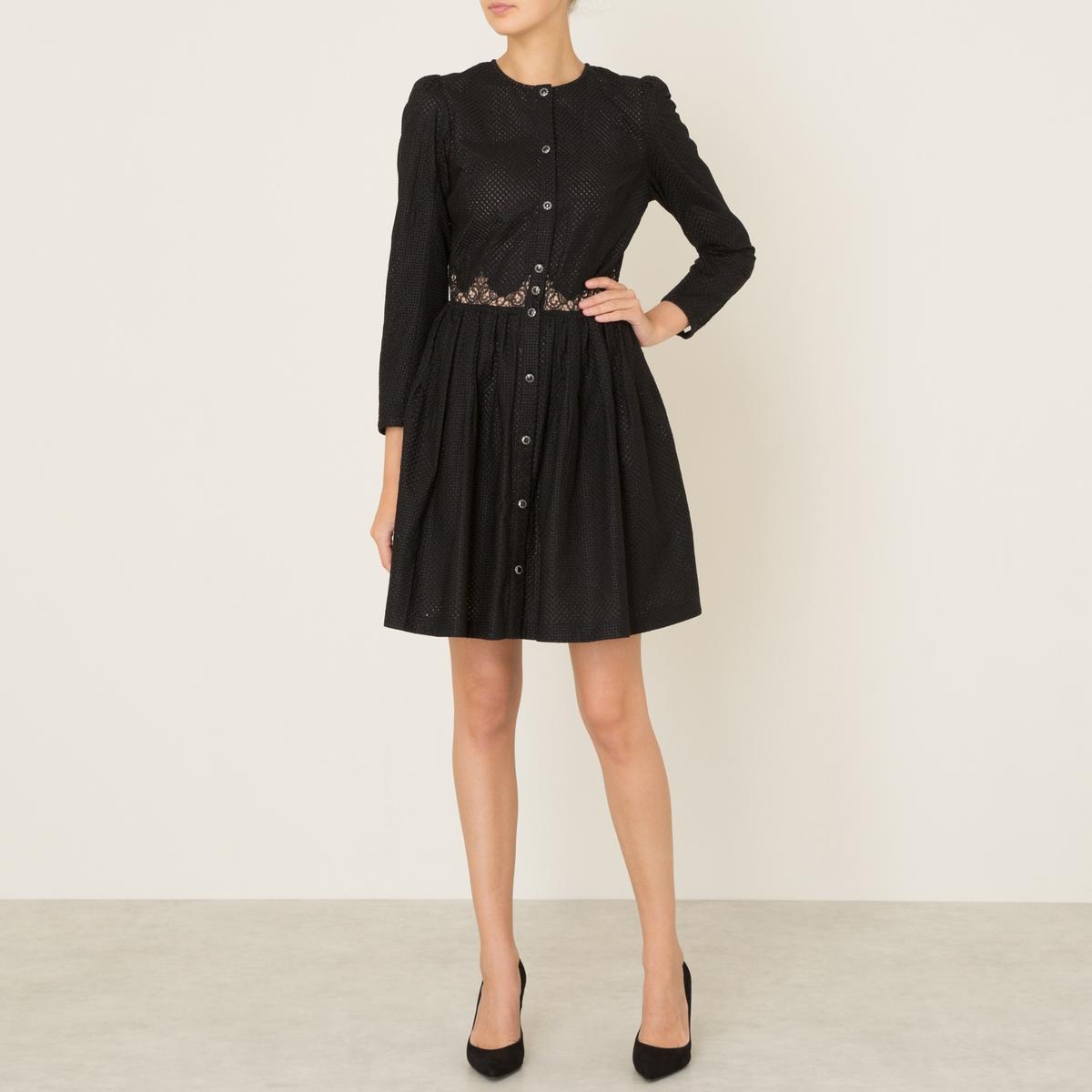 Платье из хлопка с вышивкойСостав и описание Материал : 100% хлопокКружево 100% полиэстераПодкладка 100% полиэстерМарка : THE KOOPLES<br><br>Цвет: черный<br>Размер: L