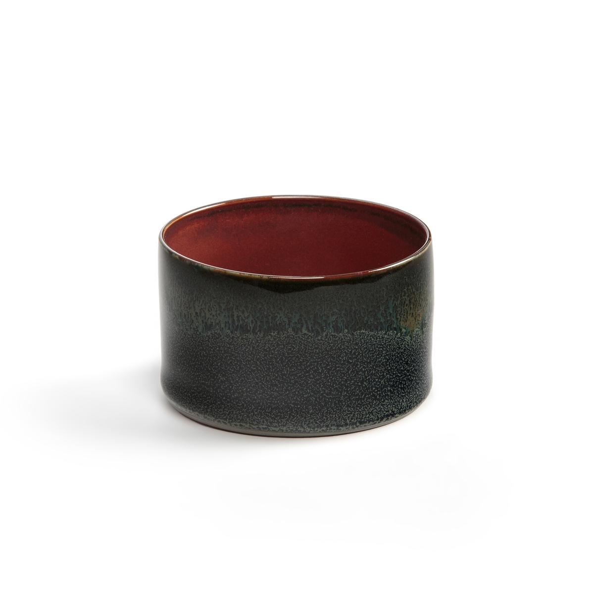 4 стакана из керамики Terre de r?ves design Serax4 стаканчика для кафе по дизайну Anita Le Grelle для Serax. Единой формы и цвета, каждое изделие имеет подпись дизайнера . Изысканность материалов и субтильность форм создают магическую обстановку, в которую погружаются ваши гости, словно в сон.Характеристики : - Из керамики, покрытой глазурью- Можно использовать в посудомоечных машинах и микроволновых печах- Продаюся комплектом одного цвета : полуночно-синий, насыщенный красный или загадочный серый Размеры : - ?7,5 x H5 см<br><br>Цвет: красный,серый,темно-синий