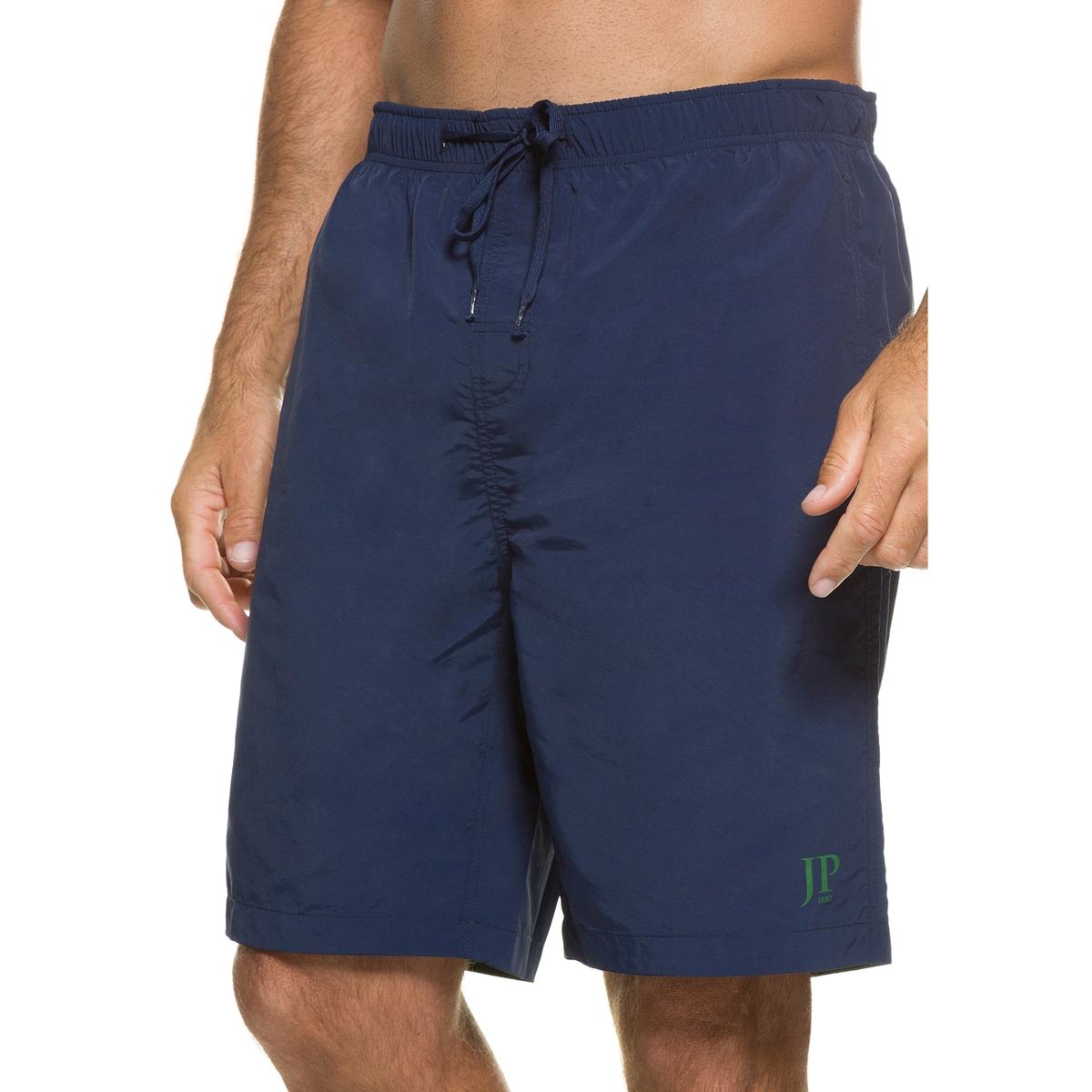 Шорты пляжныеПляжные шорты JP1880. Быстро сохнут. Эластичный пояс и шнурок. Небольшой рисунок внизу. Вшитые трусы из сетчатого материала. 100% полиамид. Подкладка: 100% полиэстер. Длина по внутр.шву ок.. 60 см<br><br>Цвет: синий морской