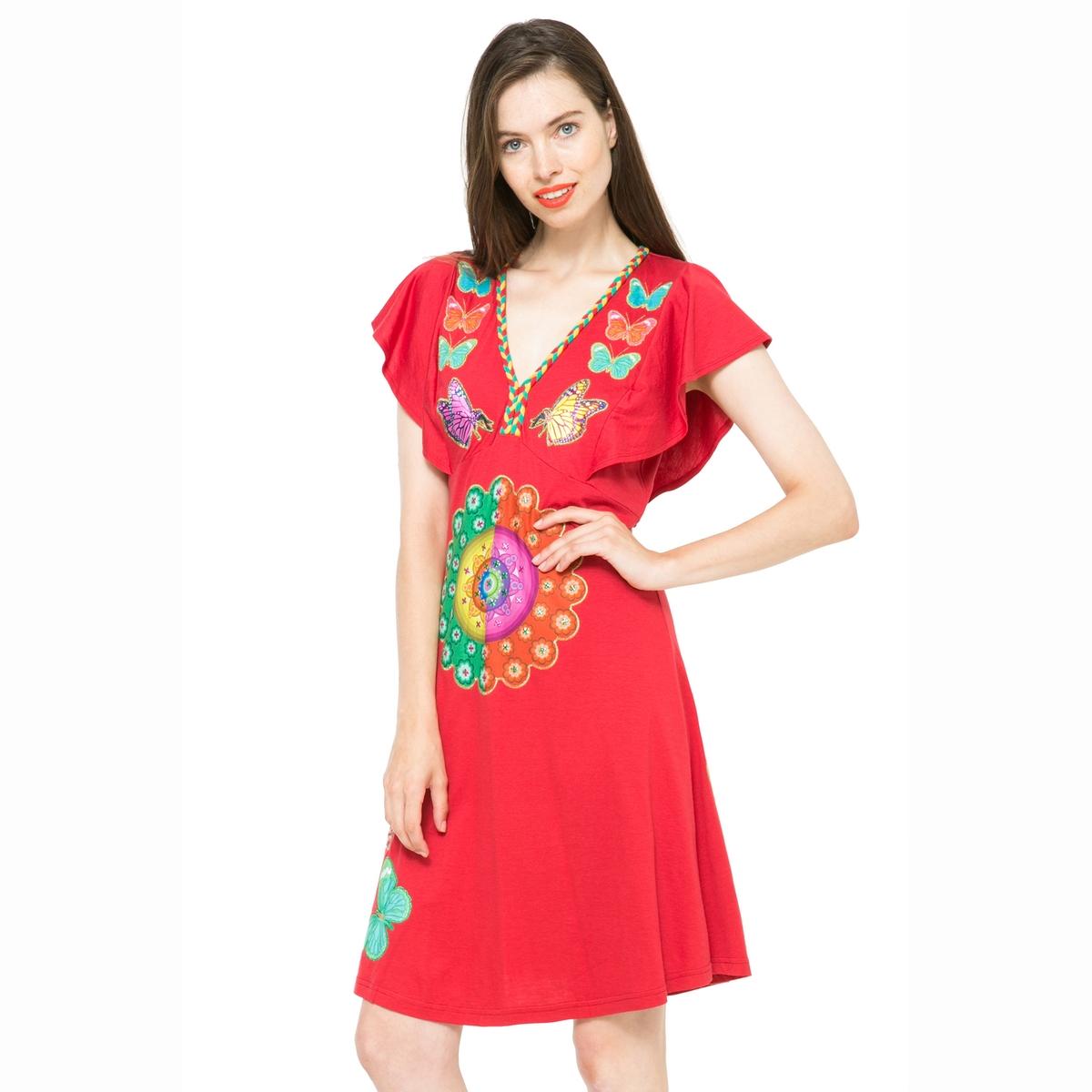 Платье с принтом, рукава с воланами DESIGUAL, Vest CeprianiПлатье Vest Cepriani от DESIGUAL. Длина до колена .  V-образный вырез. Графический рисунок и принт бабочки . Состав и детали :Материал : 55% хлопка, 45% вискозыМарка : DESIGUALУходМашинная стирка при 30°C<br><br>Цвет: красный/ наб. рисунок<br>Размер: XS