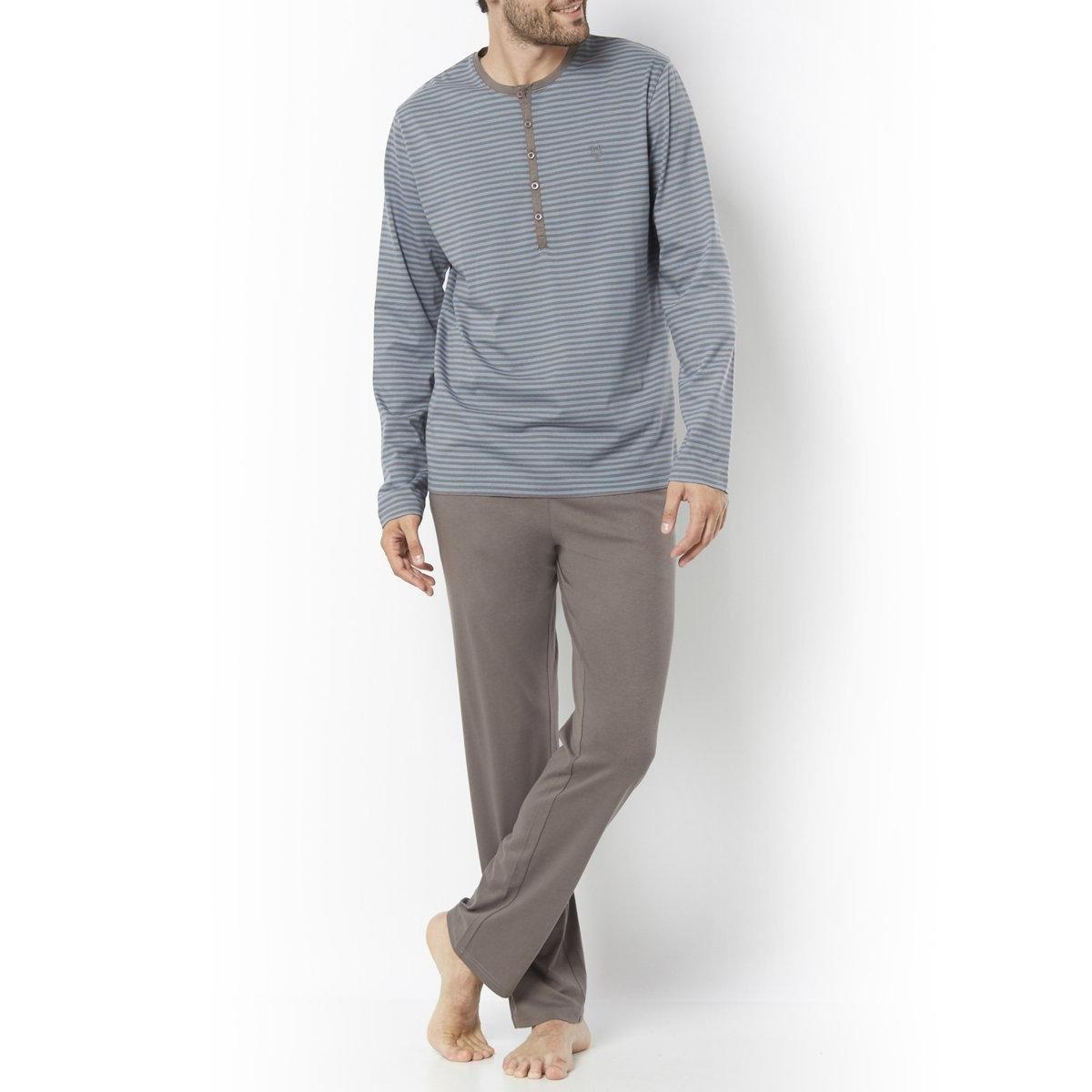 ПижамаДжерси, 100% хлопка. Футболка в полоску с длинными рукавами. Вышивка на груди. Однотонные брюки с эластичным поясом. 2 кармана по бокам.<br><br>Цвет: в полоску синий + белый,в полоску синий/светло-серый<br>Размер: M.L.M