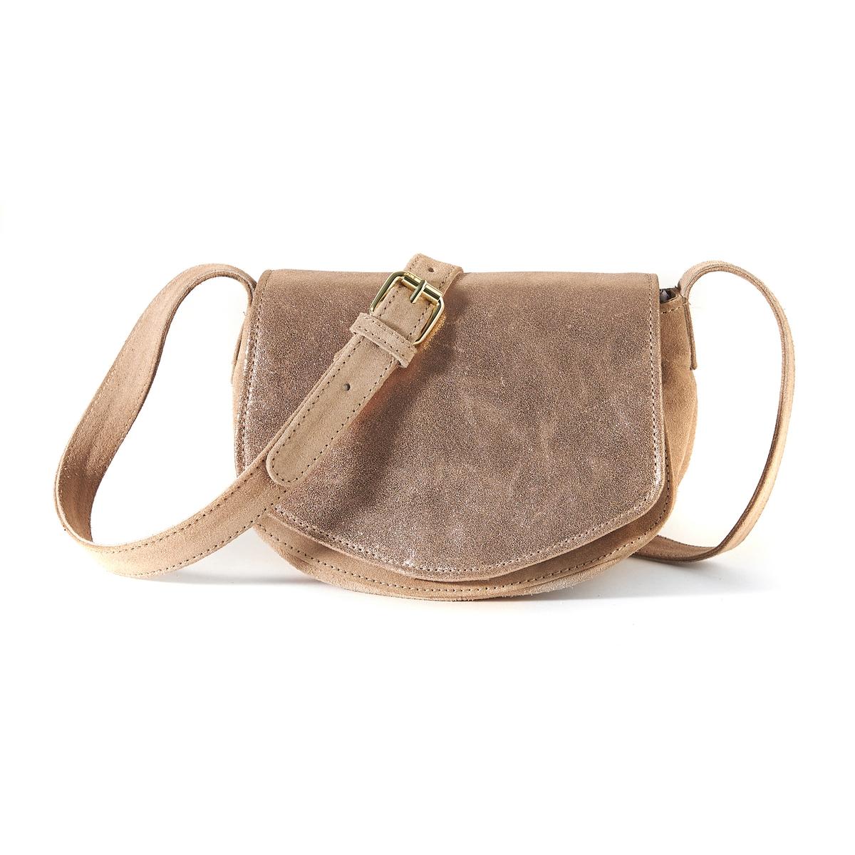 Клатч из кожи с переливамиОписание:Небольшая сумка-клатч из красивой мягкой кожи с переливами, которая придаст нотку женственности и утонченности Вашим нарядам.Состав и описание :Материал верха  : неотделанная кожа (яловичная)           подкладка : текстиль. Размеры : Д22 x В15 x Г13 смЗастежка :  кнопка на магнитеВнутренний карман :  1 карман на молнииРегулируемый плечевой пояс, размеры: В50 смСумка носится:: на плече<br><br>Цвет: розовый с блеском,хаки<br>Размер: единый размер.единый размер