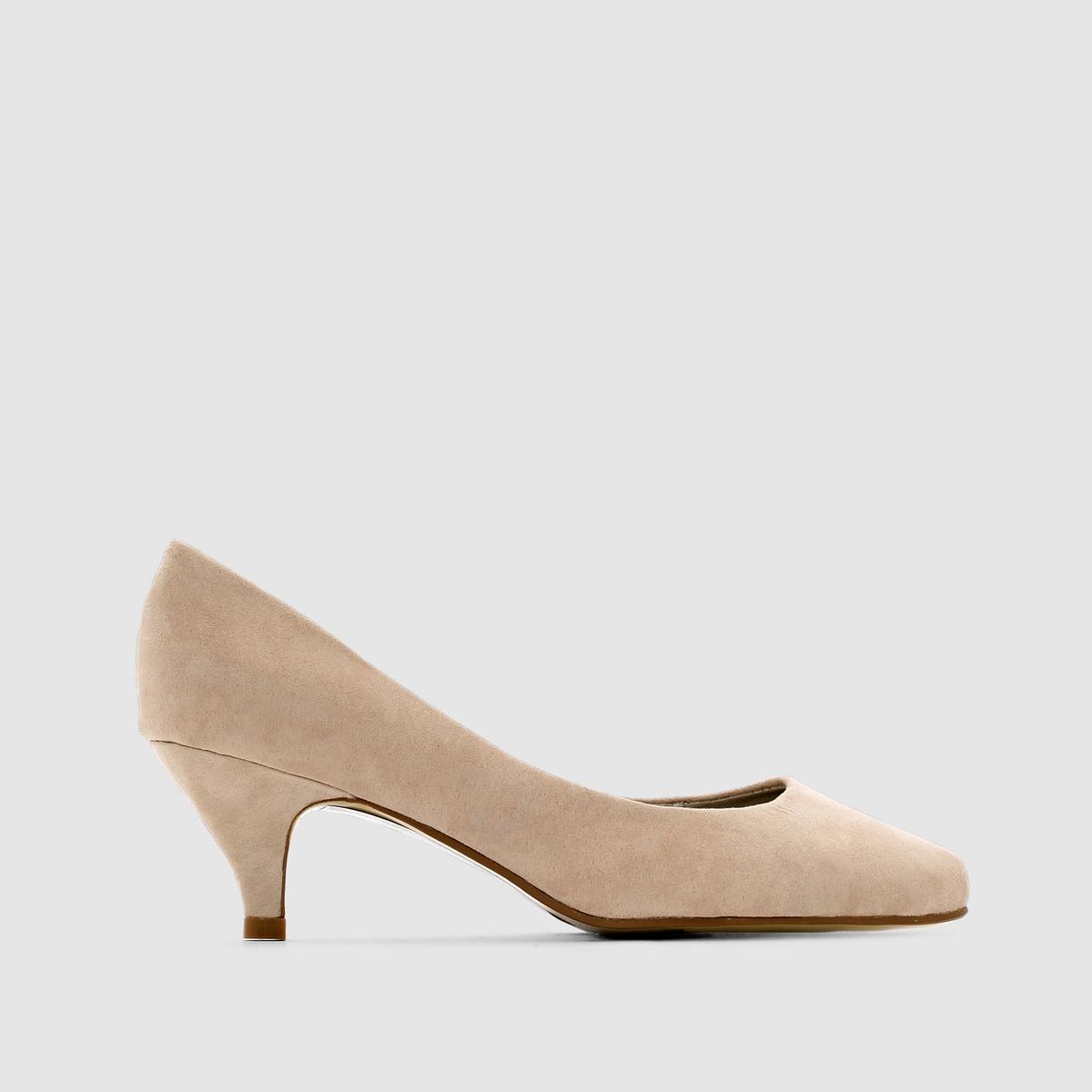 Туфли на среднем каблуке на широкую ногу, размеры 38-45