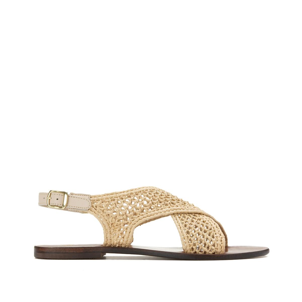 Sandalias caladas de rafia, con correas cruzadas