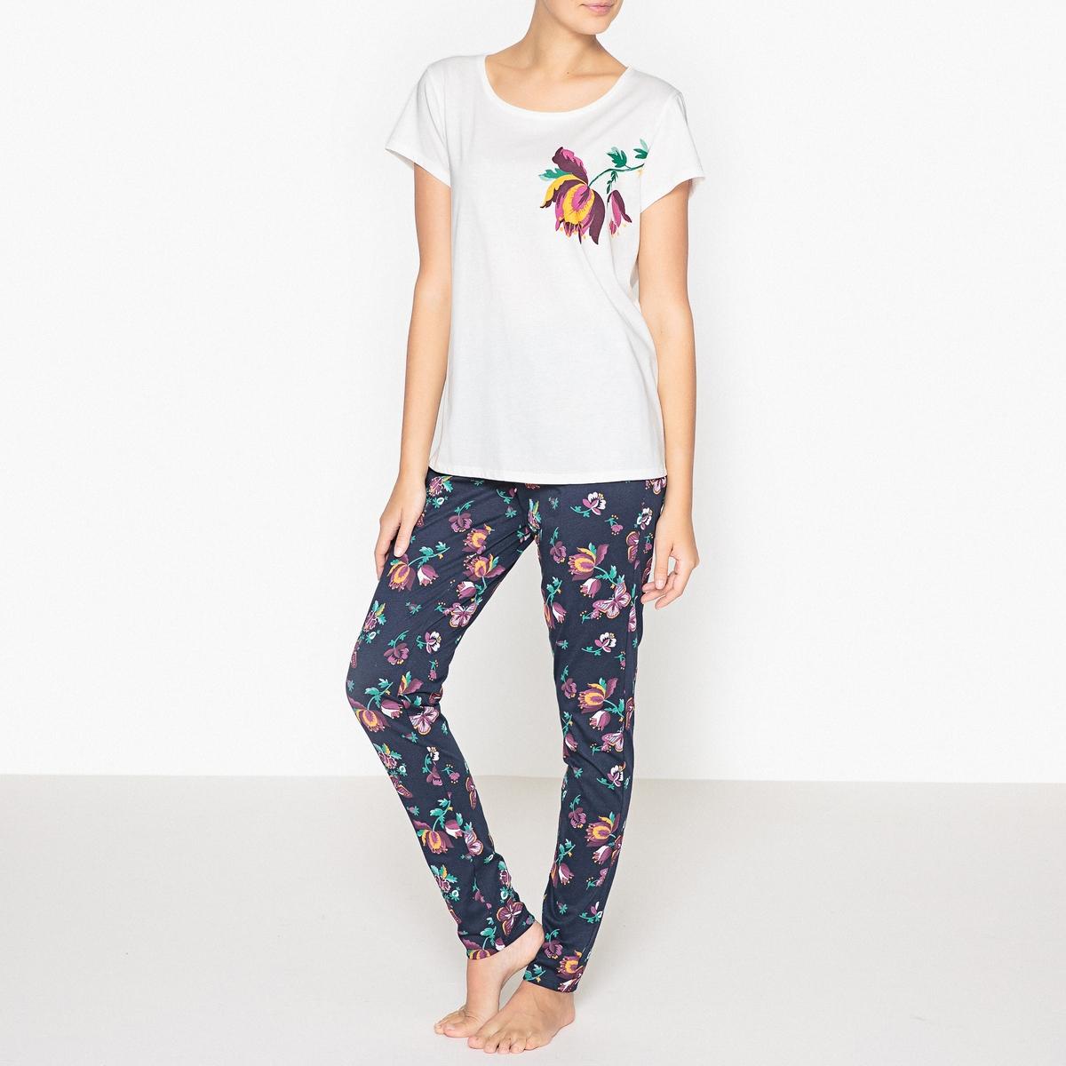 Пижама хлопковая с цветочным рисункомОписание:Пижама с короткими рукавами. Очень женственная пижама с красивым цветочным рисунком.Детали   •  Верх: рисунок  •  Круглый вырез.  •  Низ: эластичный пояс, присборенный низ брючин. •  Длина : топ  64 см, по внутреннему шву брюк: 76 смСостав и уход •  Материал : 100% хлопок •  Стирать при температуре 30° •  Стирать с похожими цветами. •  Стирать, сушить и гладить с изнаночной стороны.<br><br>Цвет: цветочный рисунок<br>Размер: 34/36 (FR) - 40/42 (RUS).46/48 (FR) - 52/54 (RUS).42/44 (FR) - 48/50 (RUS).38/40 (FR) - 44/46 (RUS)