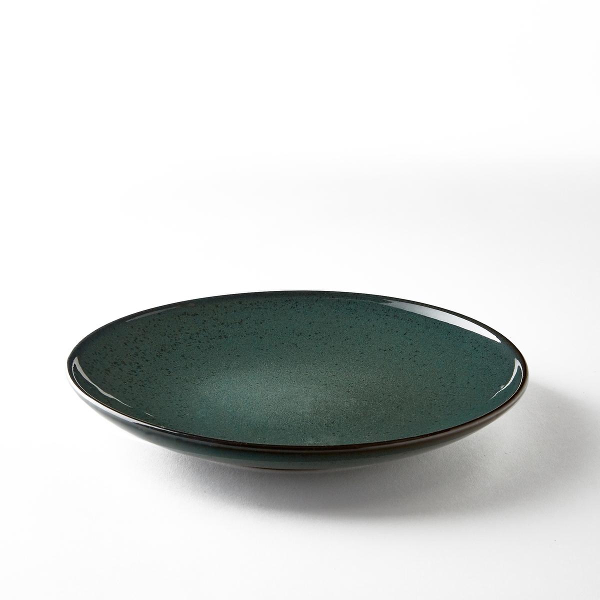 Тарелка мелкая из керамики, ?29,5 см, Aqua от SeraxМелкая тарелка Aqua от Serax. Новый керамический сервиз Aqua ручной работы преобразит Ваш праздничный стол. Тарелки синеватых тонов придают ощущение прохлады в летние месяцы.Характеристики :- Из керамики, покрытой глазурью. - Можно использовать в посудомоечных машинах и микроволновых печах- Полная коллекция Aqua на сайте ampm. Размеры : - ?29,5 x В.4,5 см.<br><br>Цвет: бирюзовый,синий<br>Размер: единый размер.единый размер
